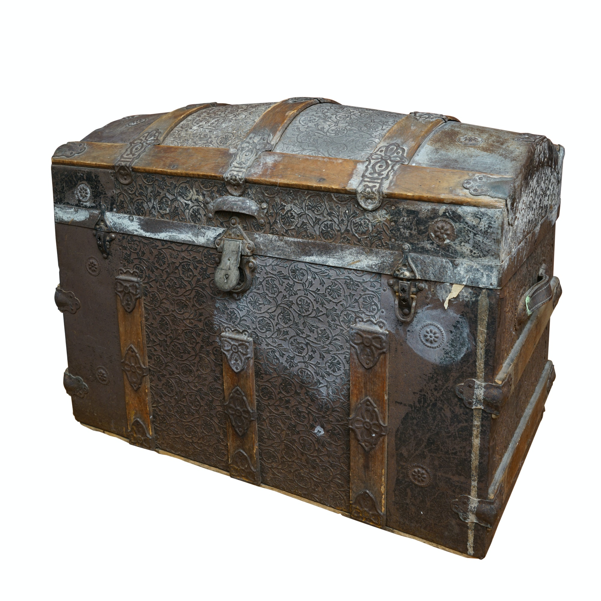 Antique Dome-Top Steamer Trunk with Insert