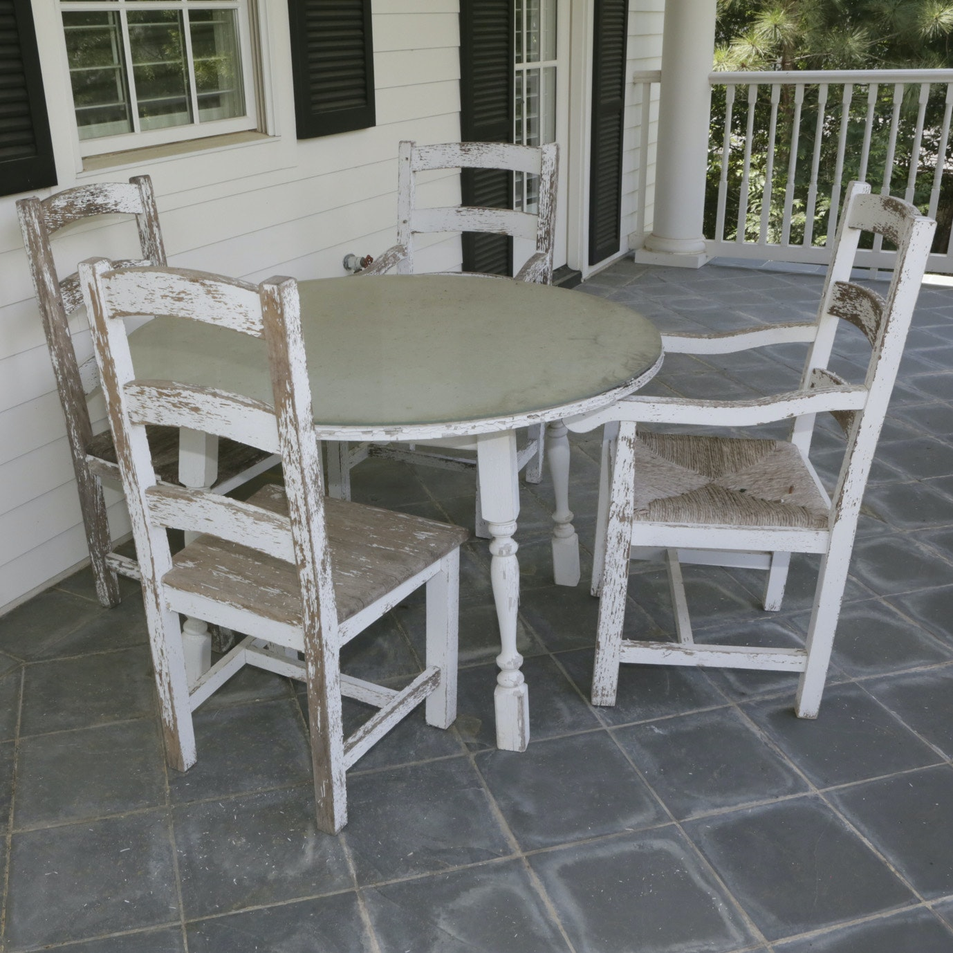 Farmhouse Style Outdoor Dining Set