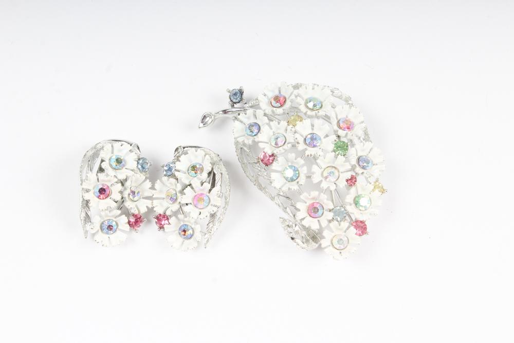 Lisner Three Leaf Brooch with Clip Earrings Set
