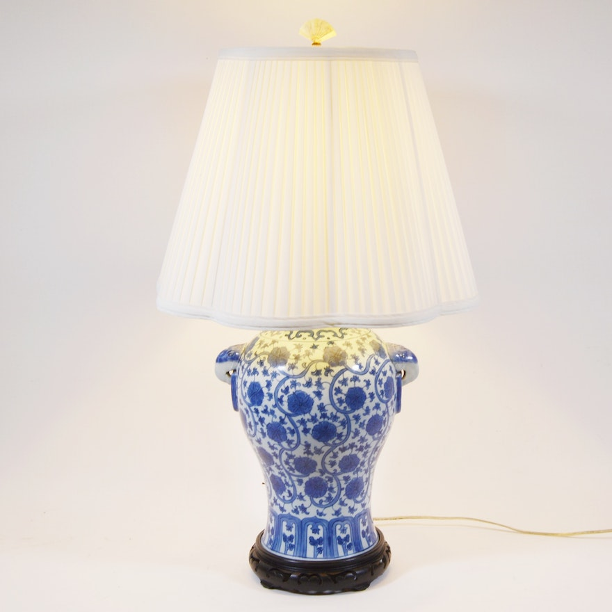 Chinese blue and white porcelain table lamp ebth chinese blue and white porcelain table lamp aloadofball Image collections