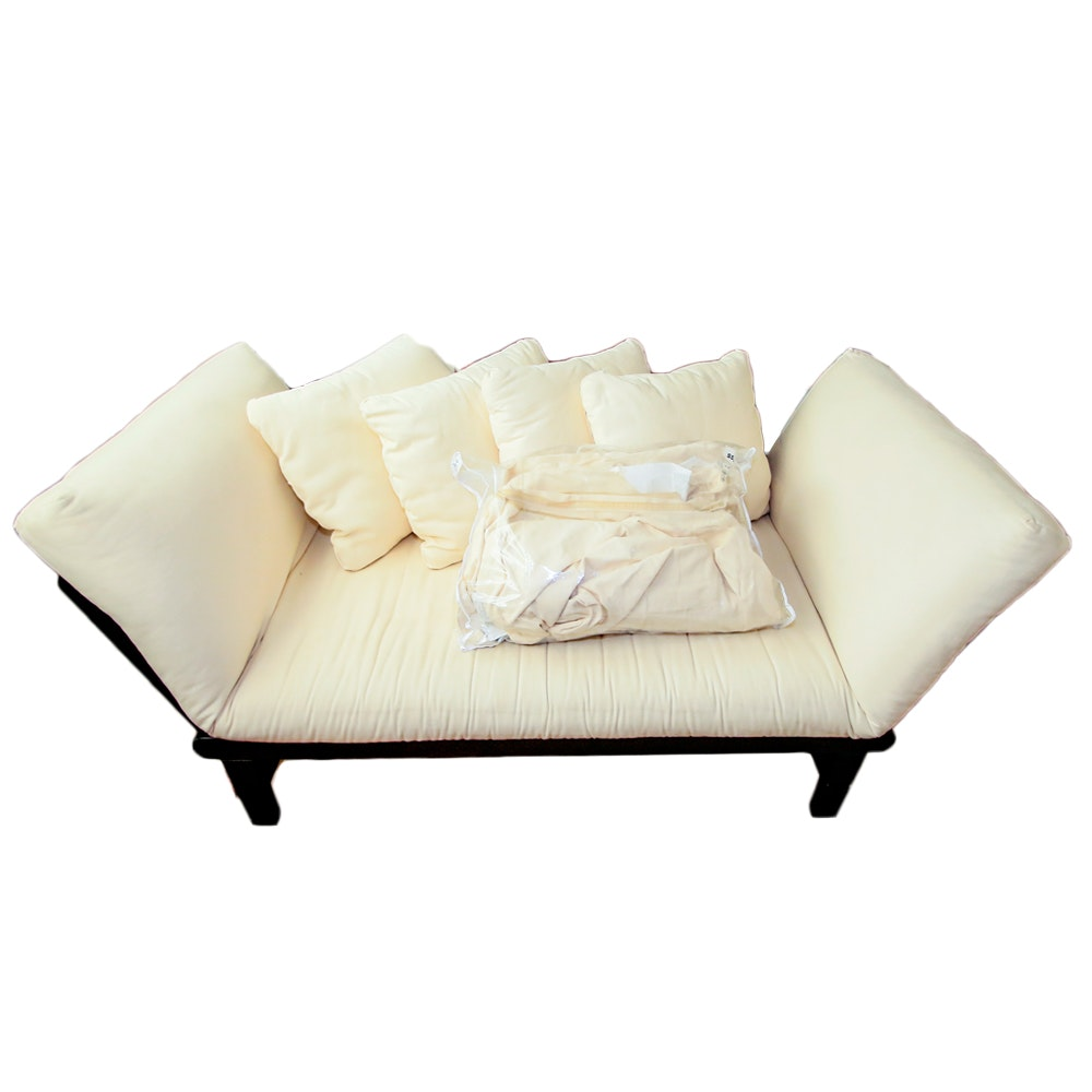 Click-Clack Style Daybed