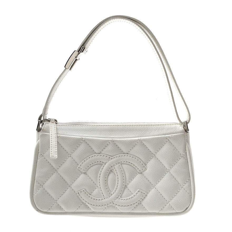 5ced677416f368 Circa 2005 Chanel White Quilted Leather Handbag : EBTH