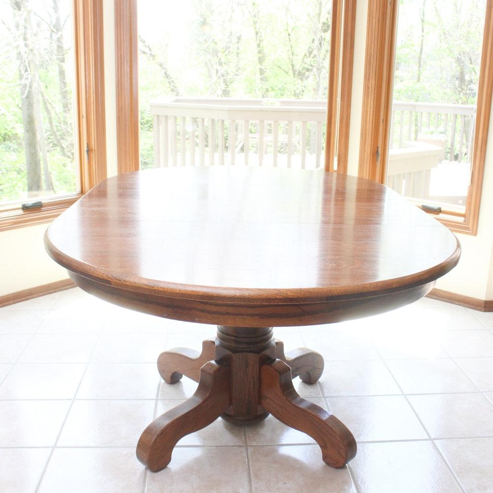 Vintage Walter of Wabash Oak Pedestal Dining Table