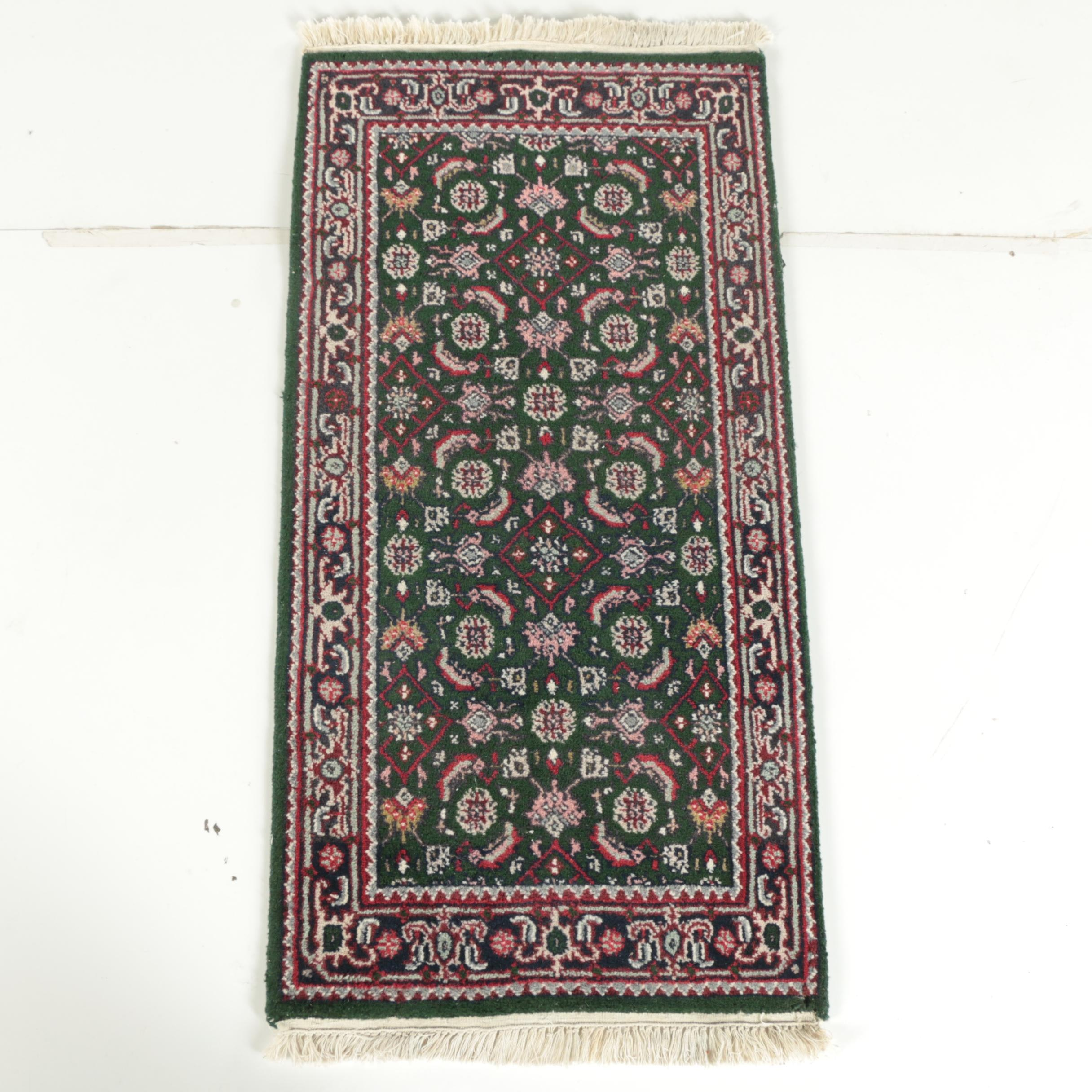 Hand-Knotted Indo-Bijar Accent Rug