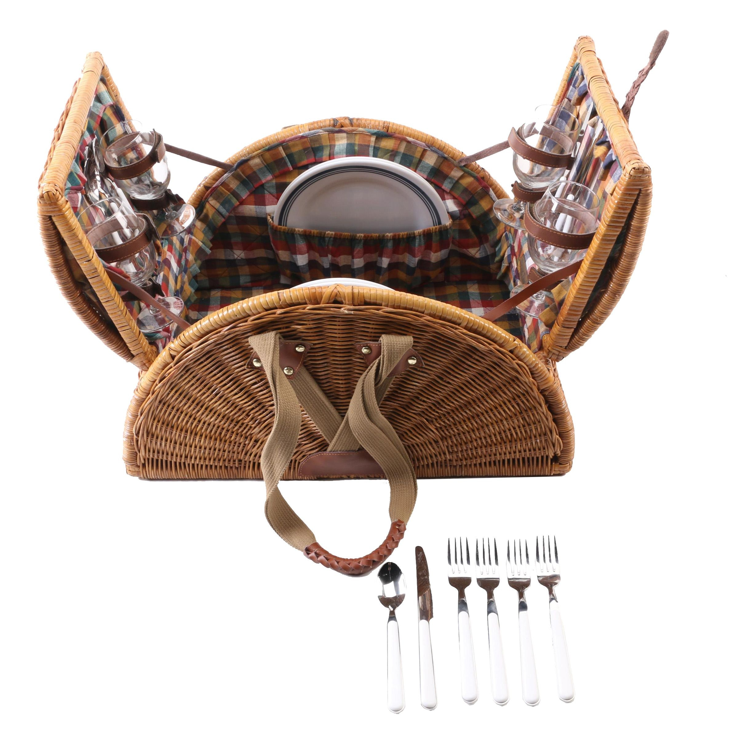 """Ritz Carlton Club"" Wicker Picnic Basket with Accessories"