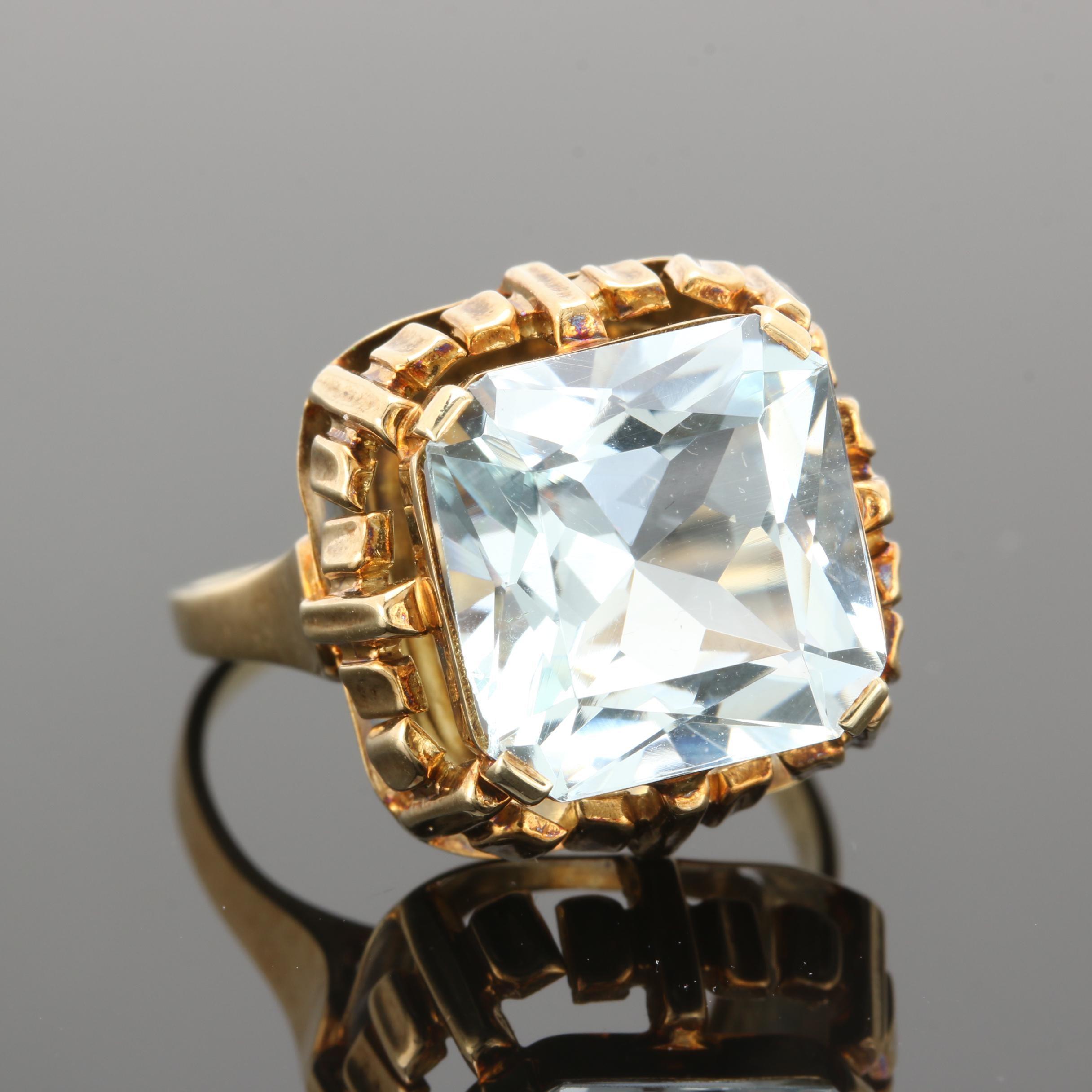 Circa 1960 - 1970 14K Yellow Gold 7.25 CT Aquamarine Ring