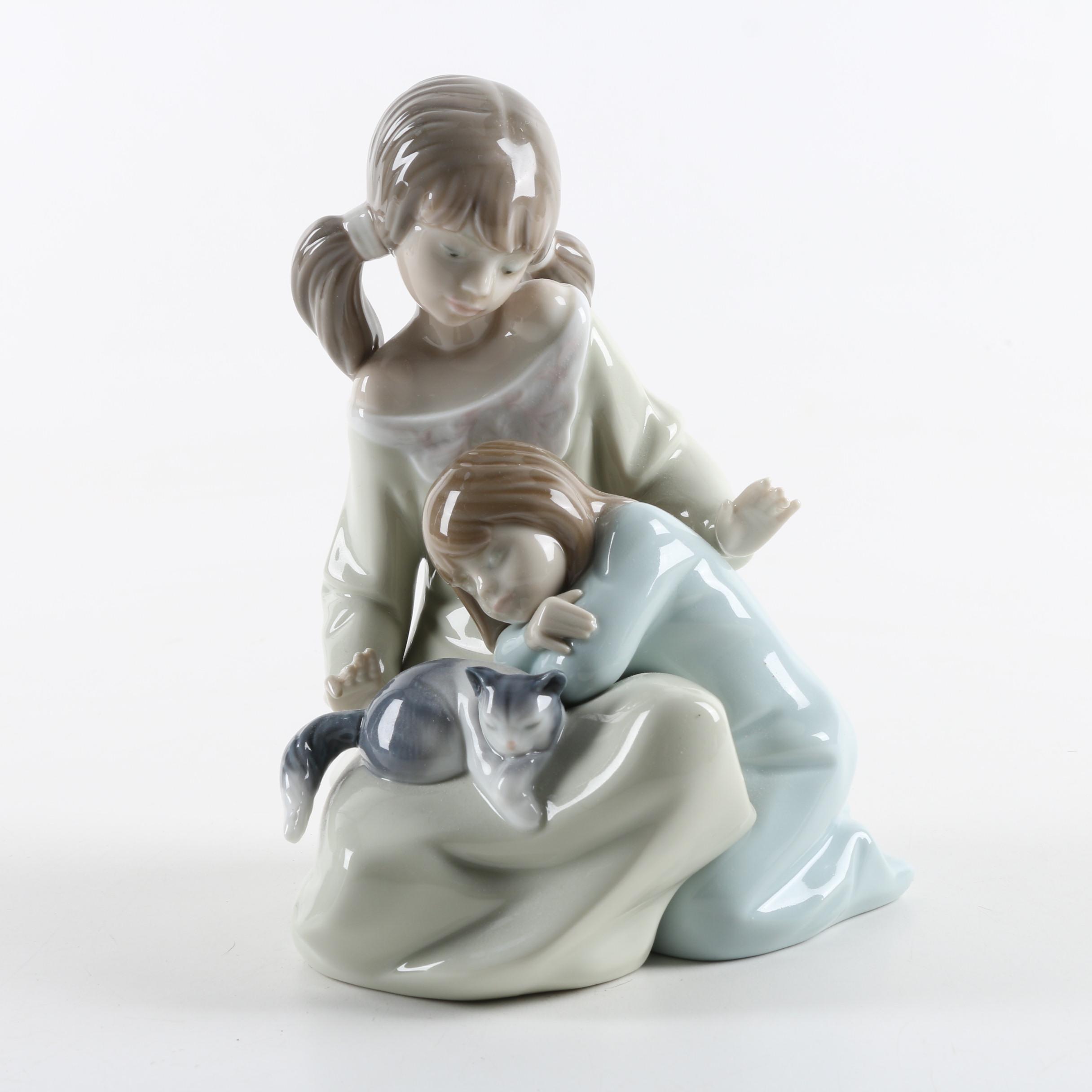 """Lladró """"Little Sister"""" Figurine"""