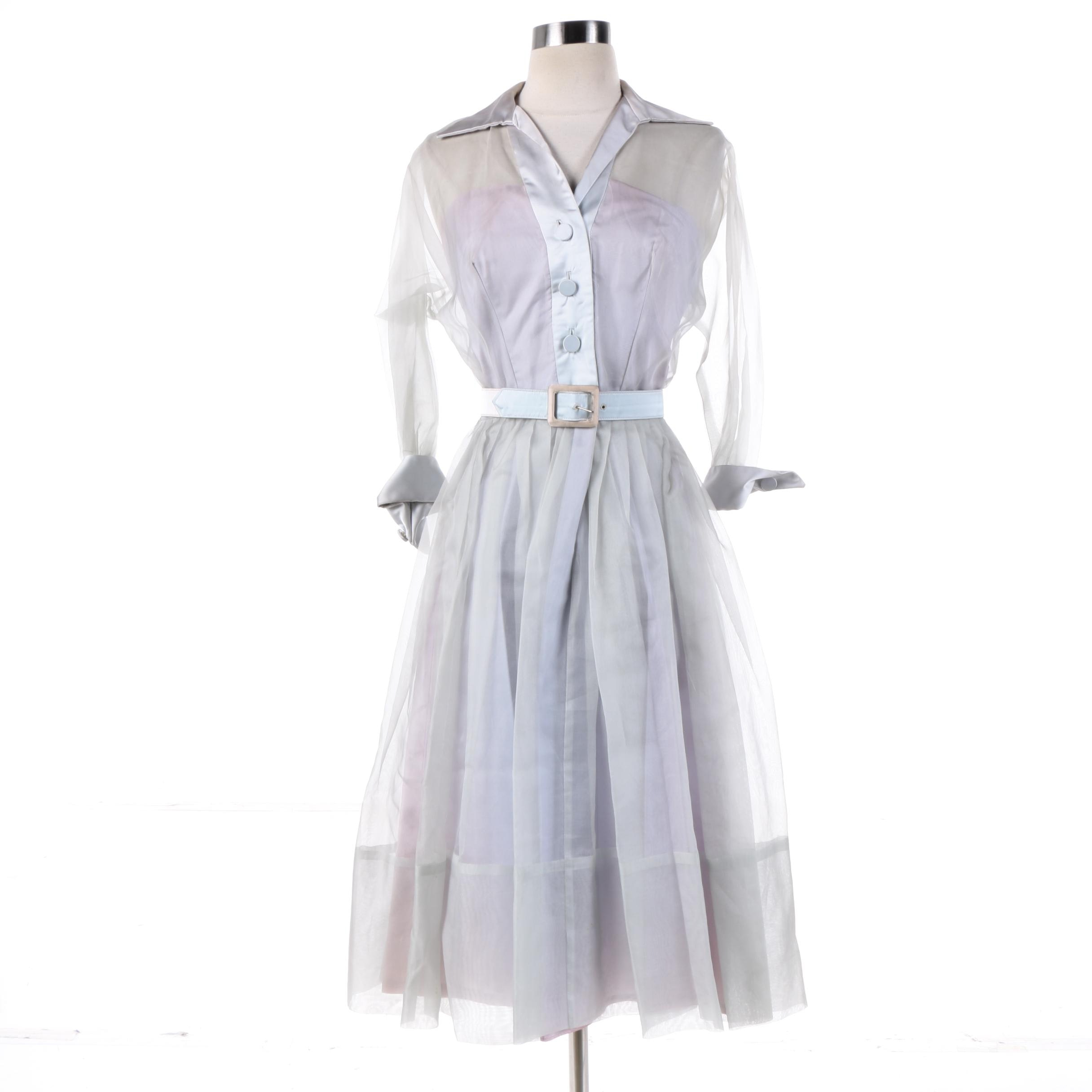 Circa 1950s Vintage Fit N' Flare Shirtwaist Dress