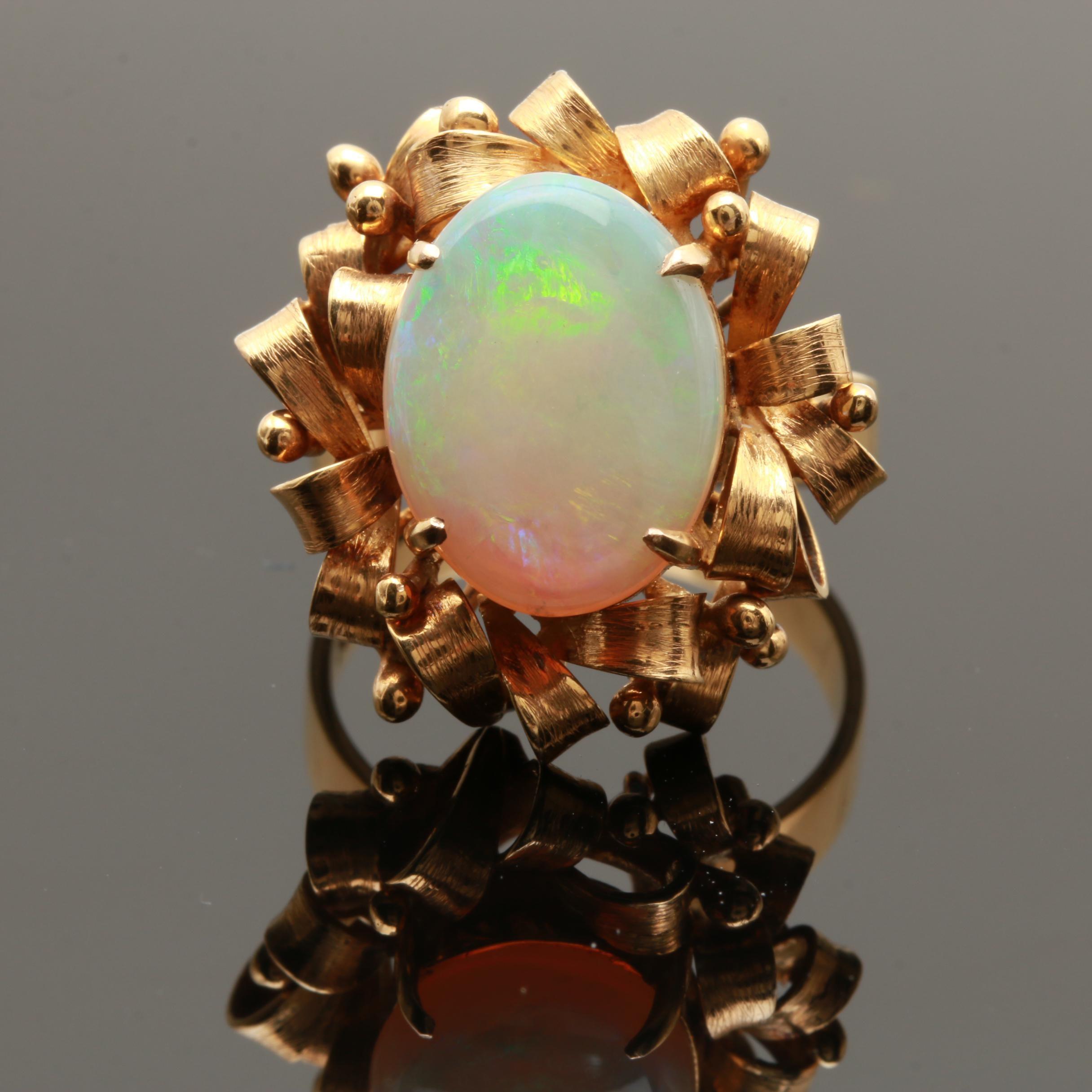 Retro 14K Yellow Gold Opal Ring