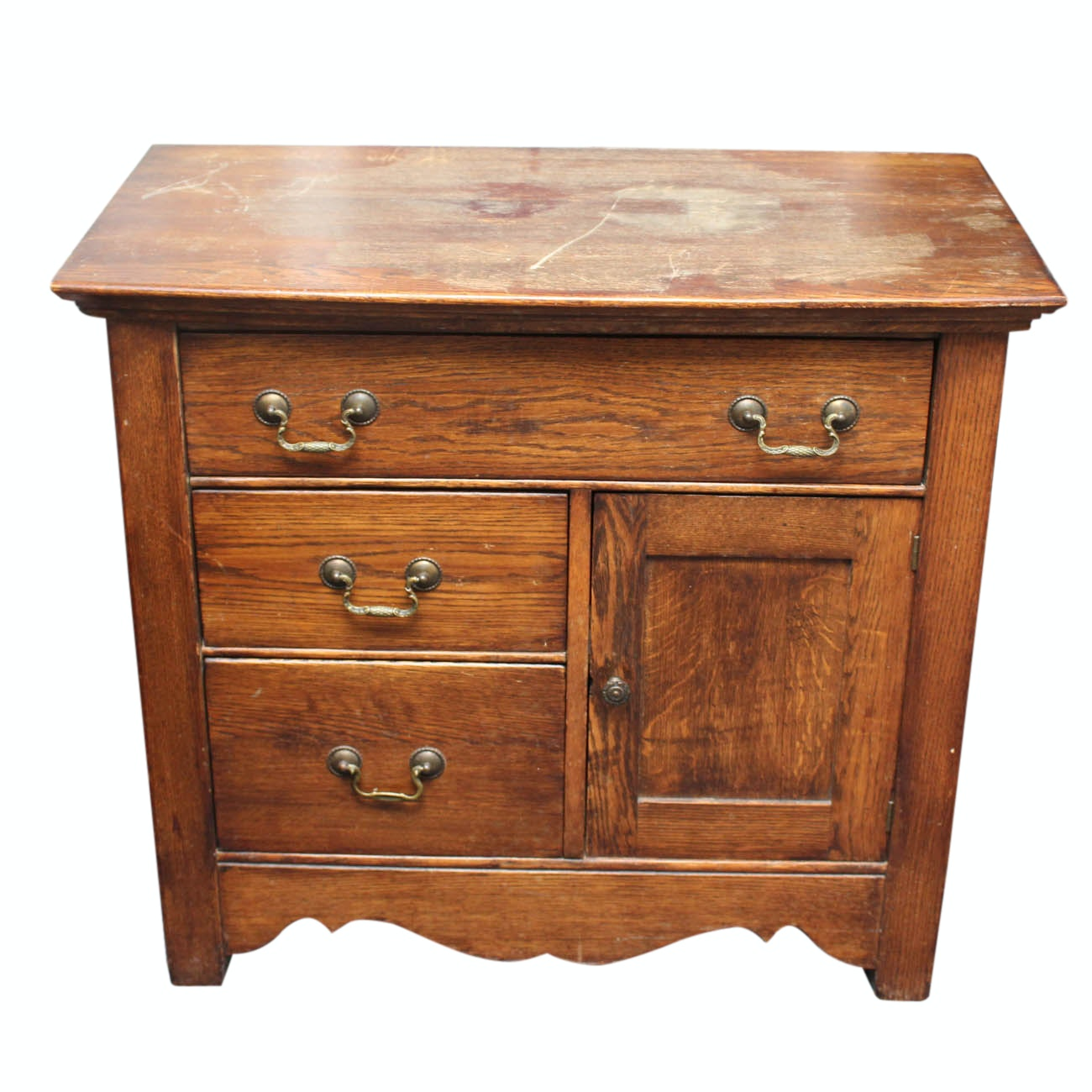 Antique Oak Accent Chest