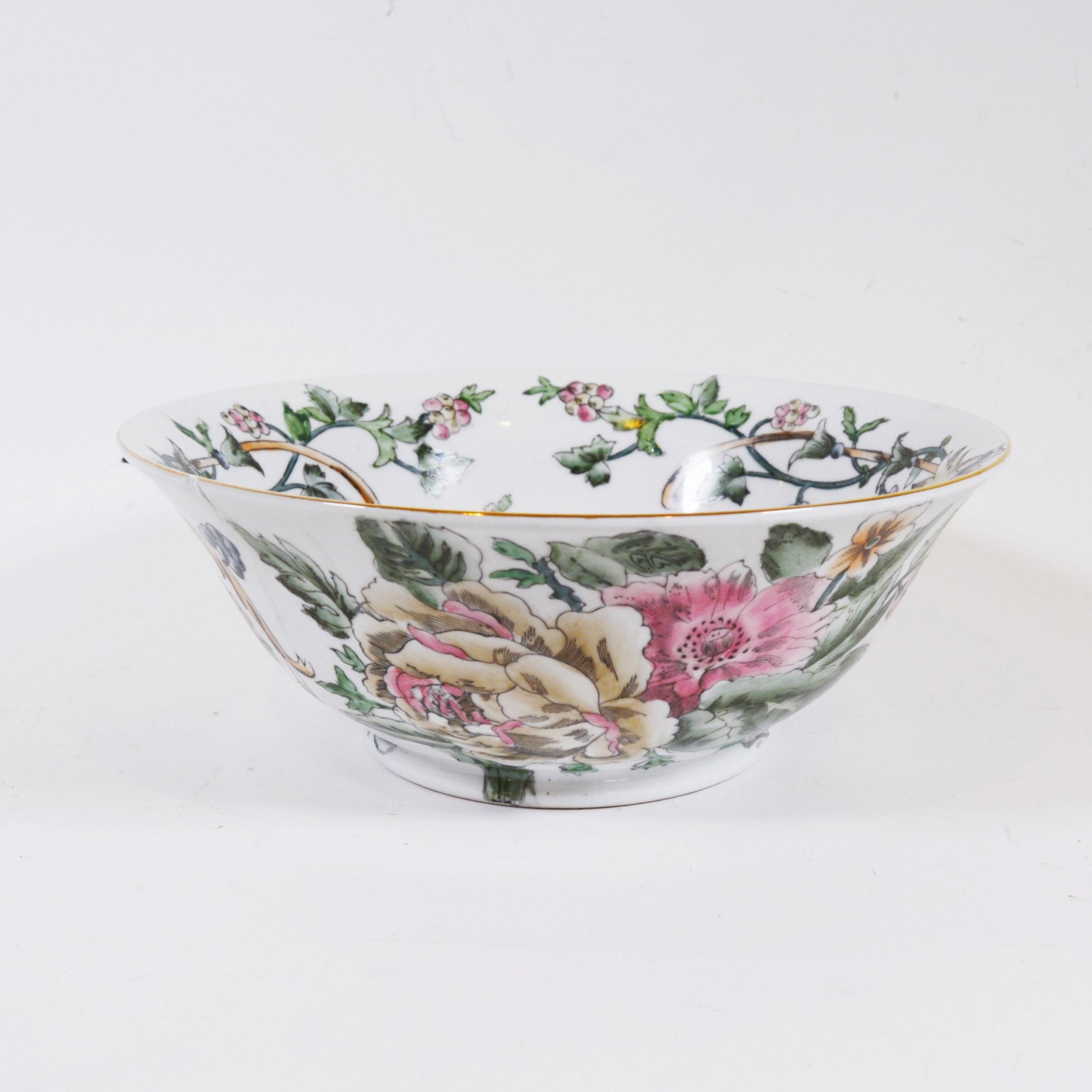 Chinese Macau Painted Porcelain Decor Bowl