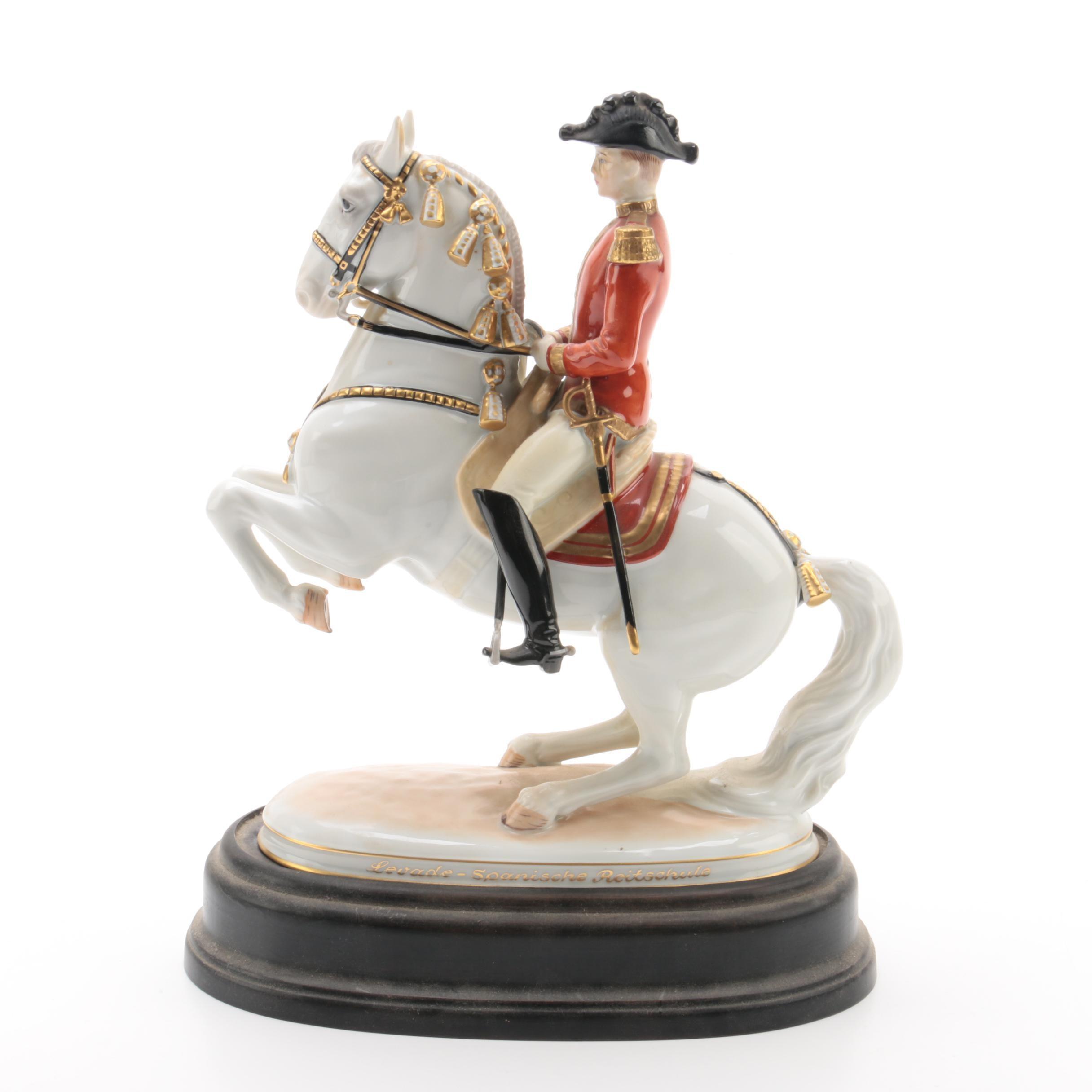 """Augarten Wein """"Levade-Spanische Reitschule"""" Porcelain Equestrian Figurine"""