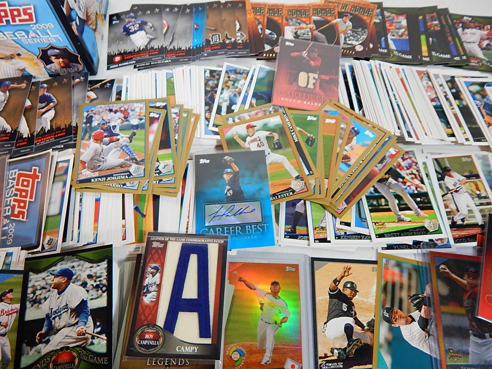 2009 Topps and Topps Heritage Baseball Card Collection - Few Hundred Cards