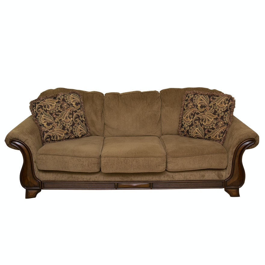 """Sectional Sofas By Ashley Furniture: """"Lansbury"""" Upholstered Sofa By Ashley Furniture : EBTH"""