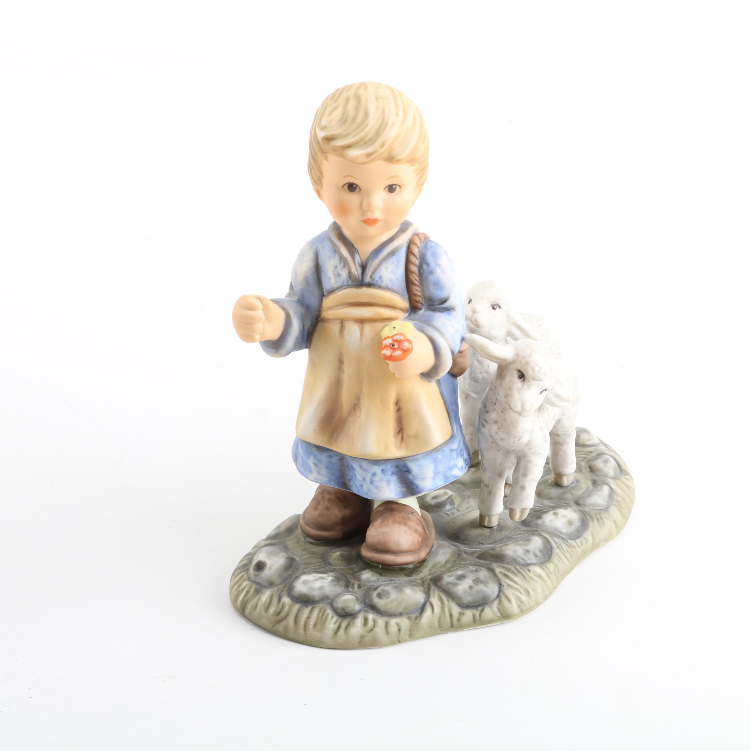 """Goebel """"O Come All Ye Faithful"""" Porcelain Figurine"""