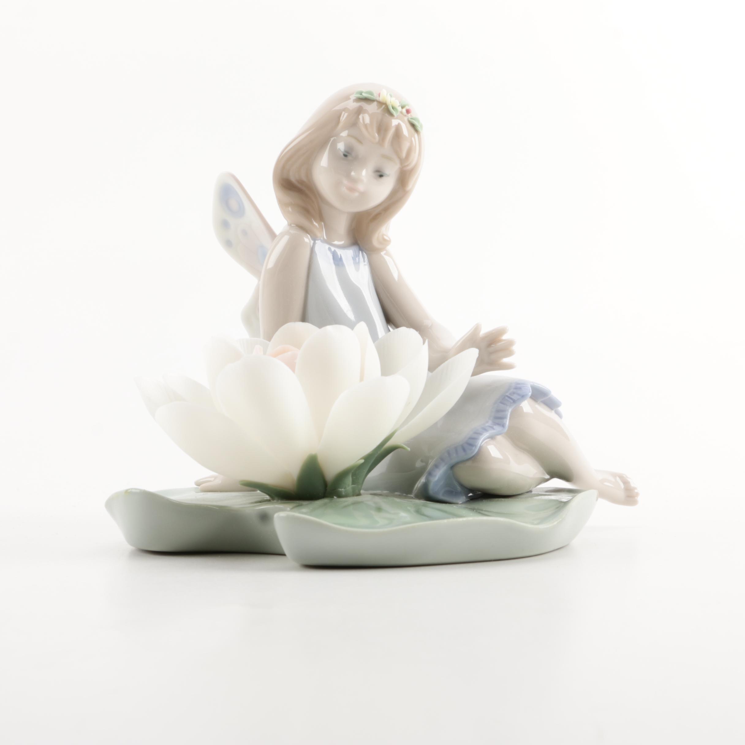 "Lladro ""Lilypad Love"" Porcelain Figurine"
