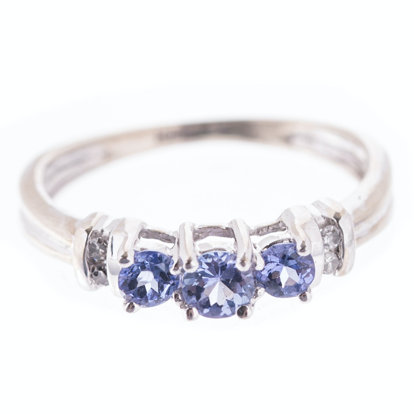 10K White Gold, Diamond, and Tanzanite Fashion Ring