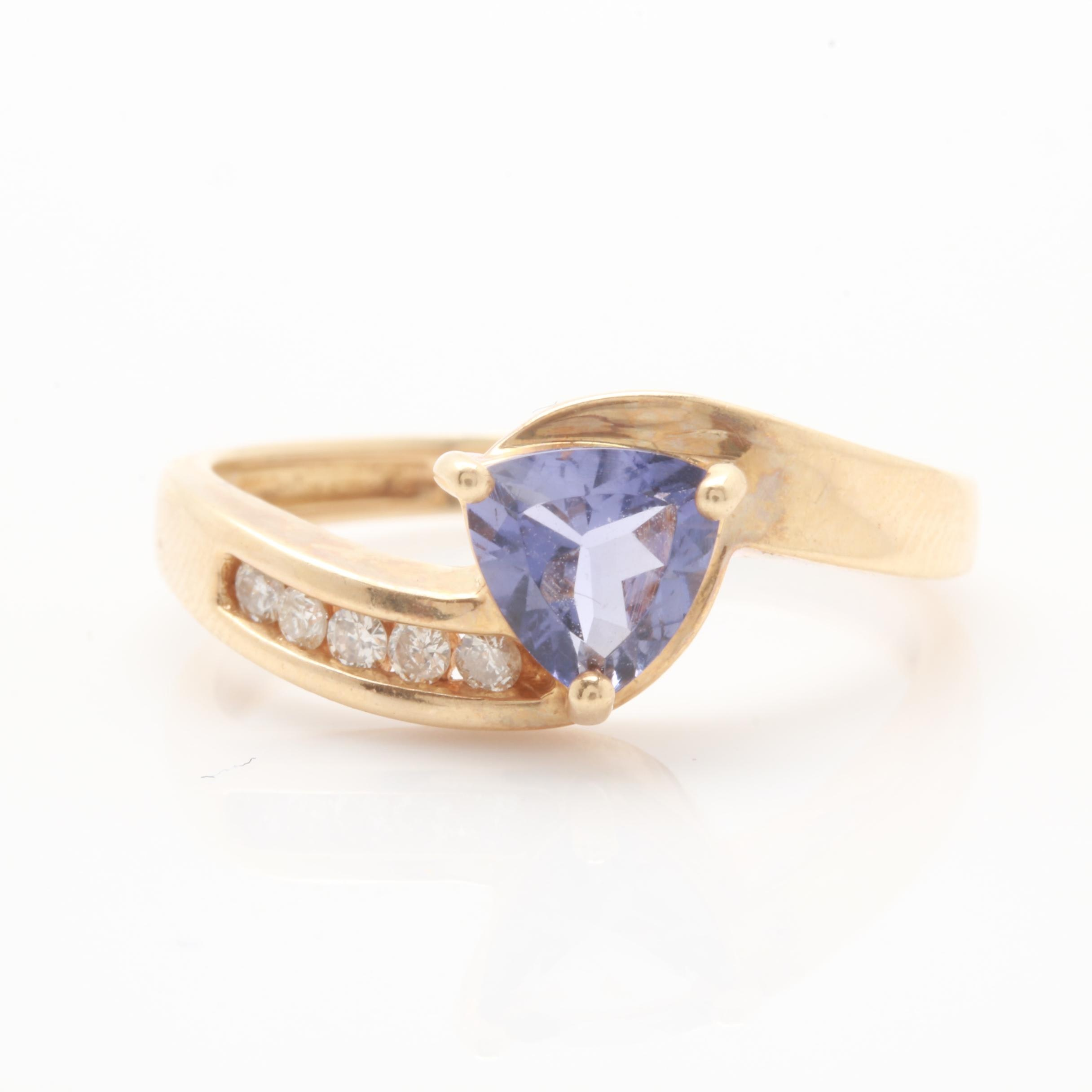 10K Yellow Gold Iolite and Diamond Ring