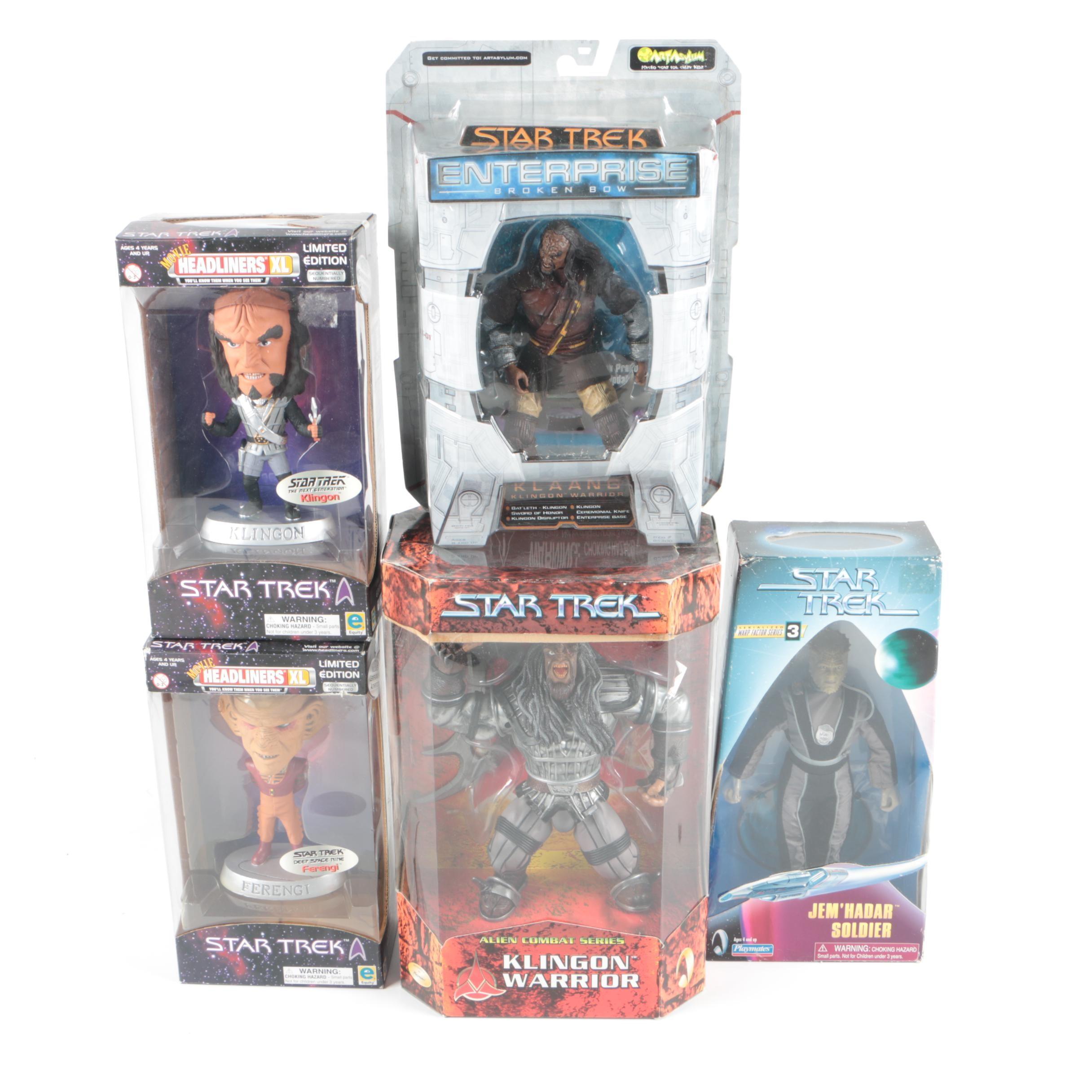 """""""Star Trek"""" Action Figures"""