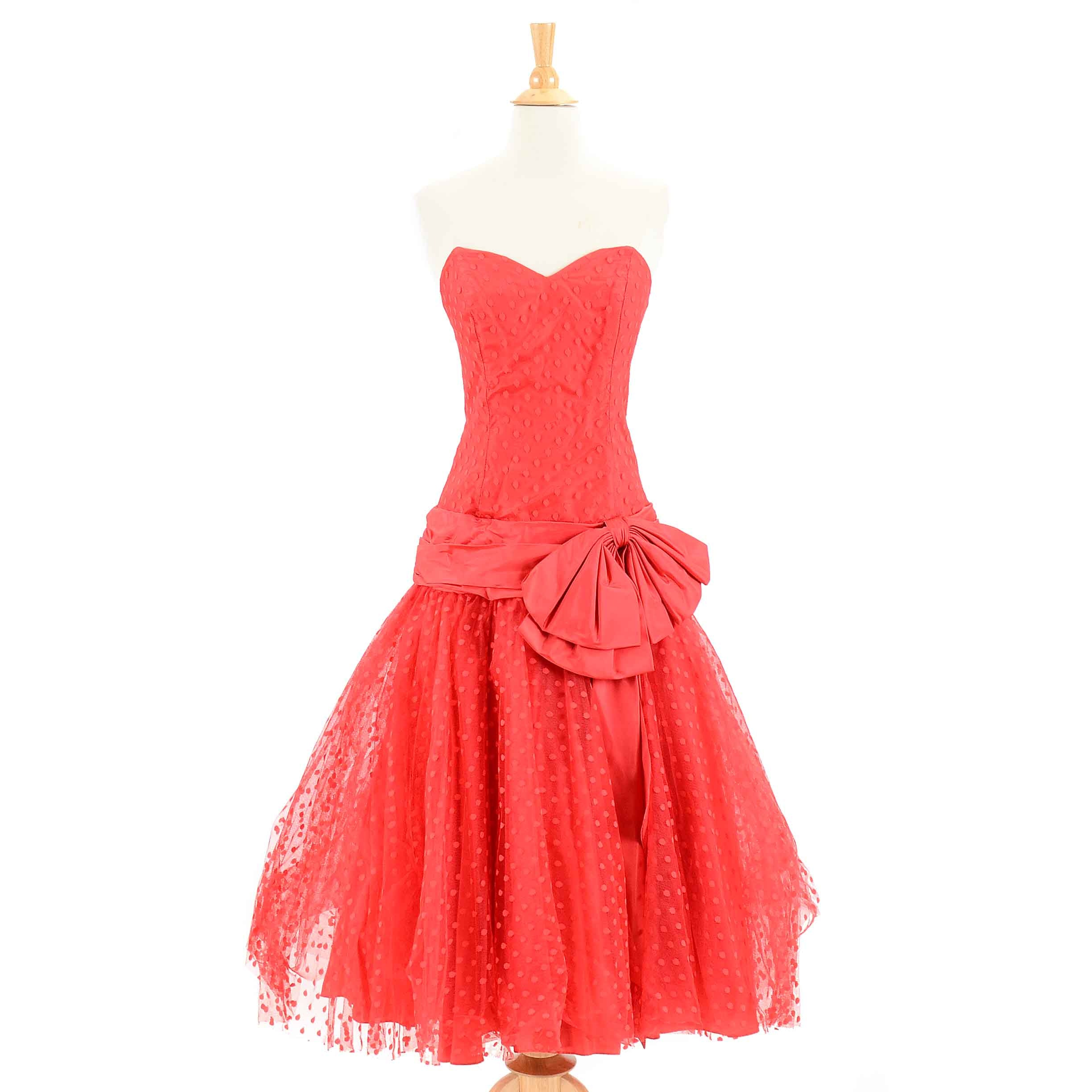 Women's Vintage Red Strapless Drop Waist Dress from HW Collections