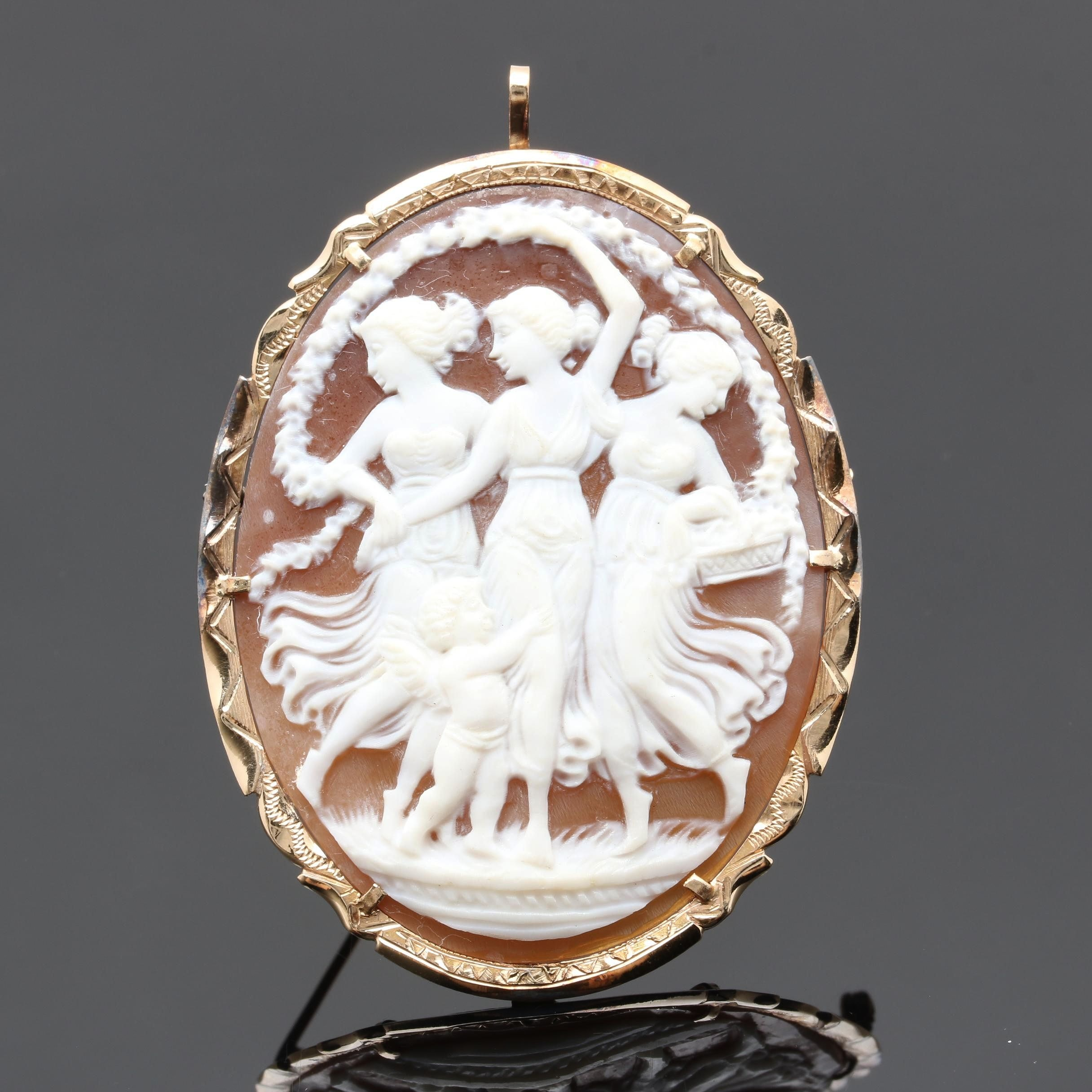 Circa 1930s Yellow Gold Carved Helmet Shell Cameo