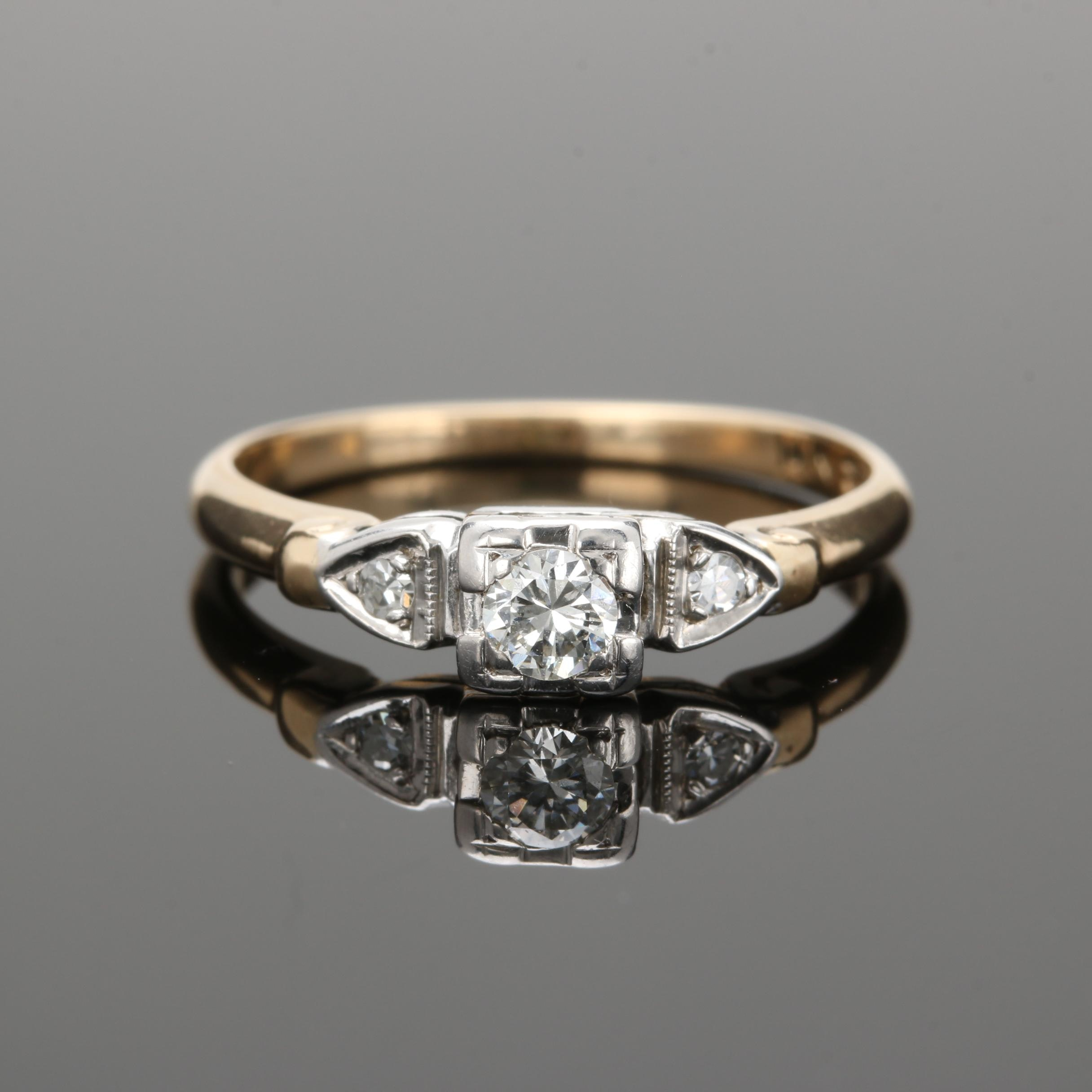 14K Yellow Gold Diamond Ring with 14K White Gold Settings