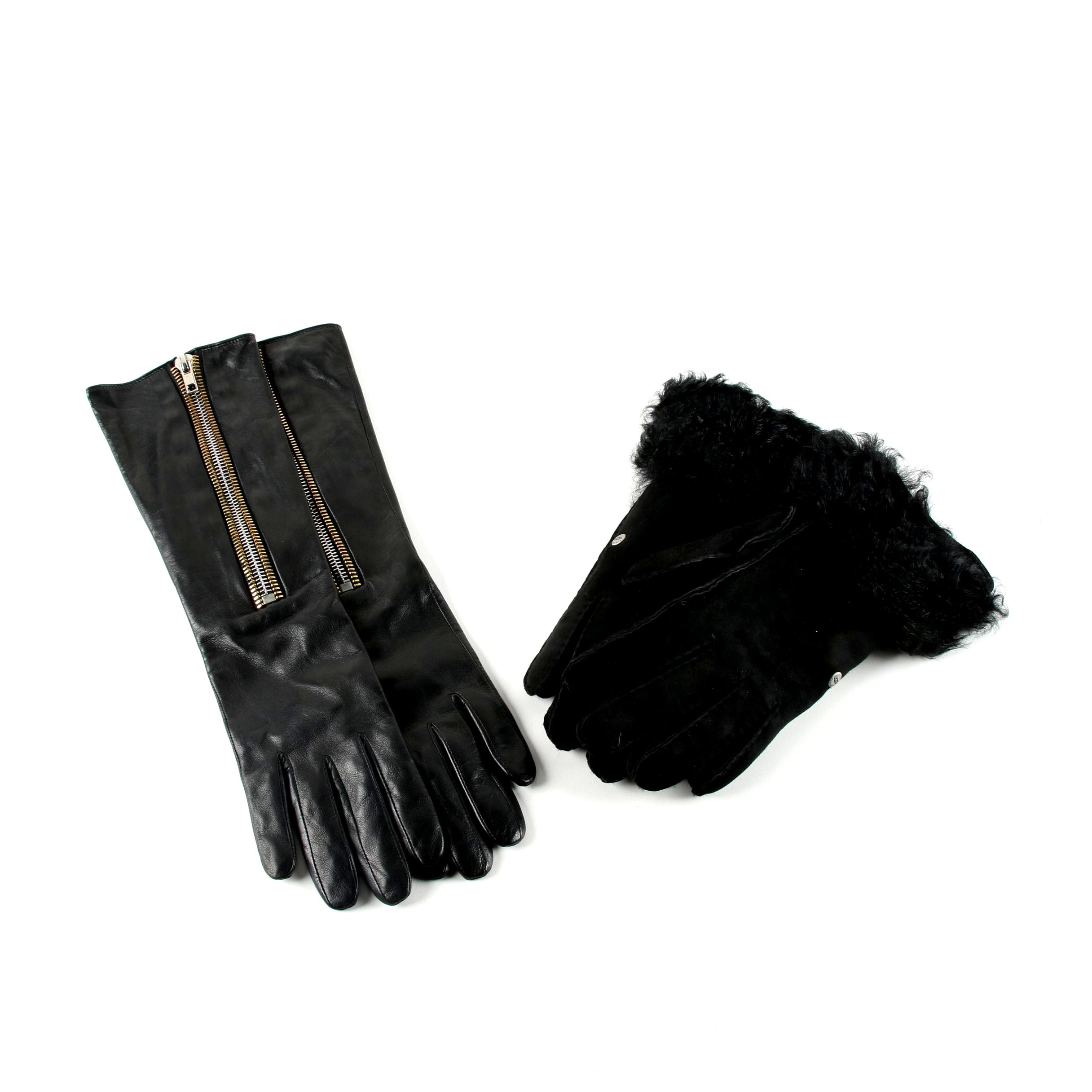Women's UGG Australia Black Suede and Shearling Fur and Per Se Leather Gloves