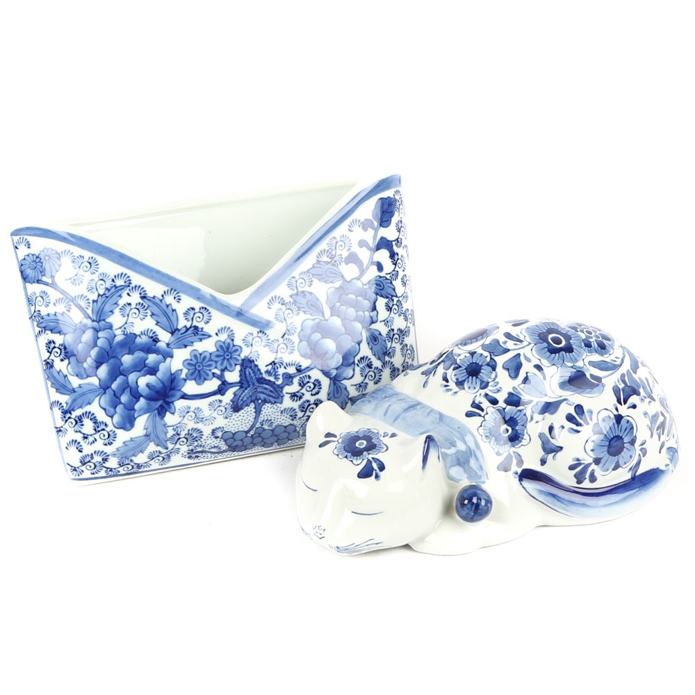 Chinese Ceramic Blue and White Desk Elements