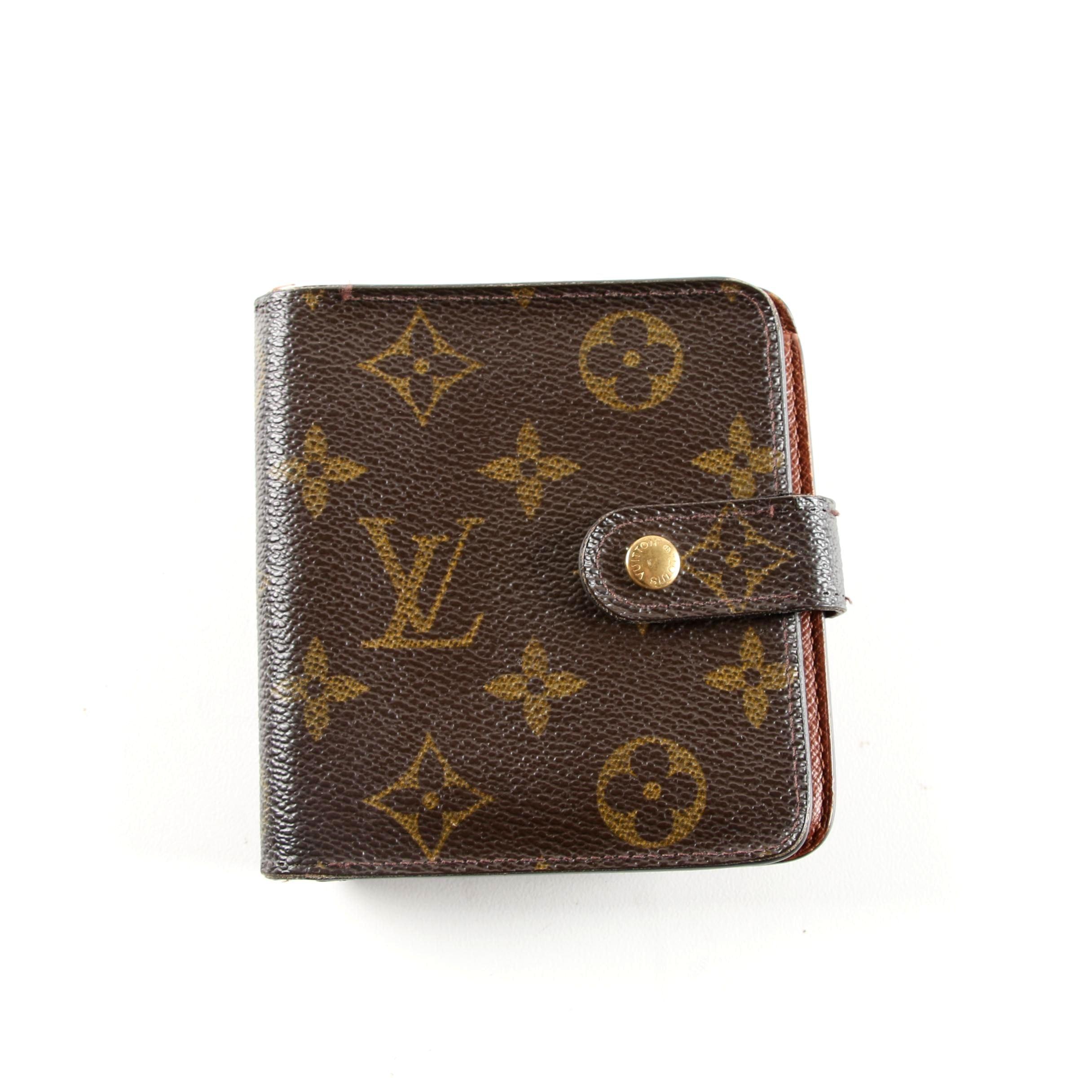 Louis Vuitton of Paris Monogram Zip Bifold Wallet