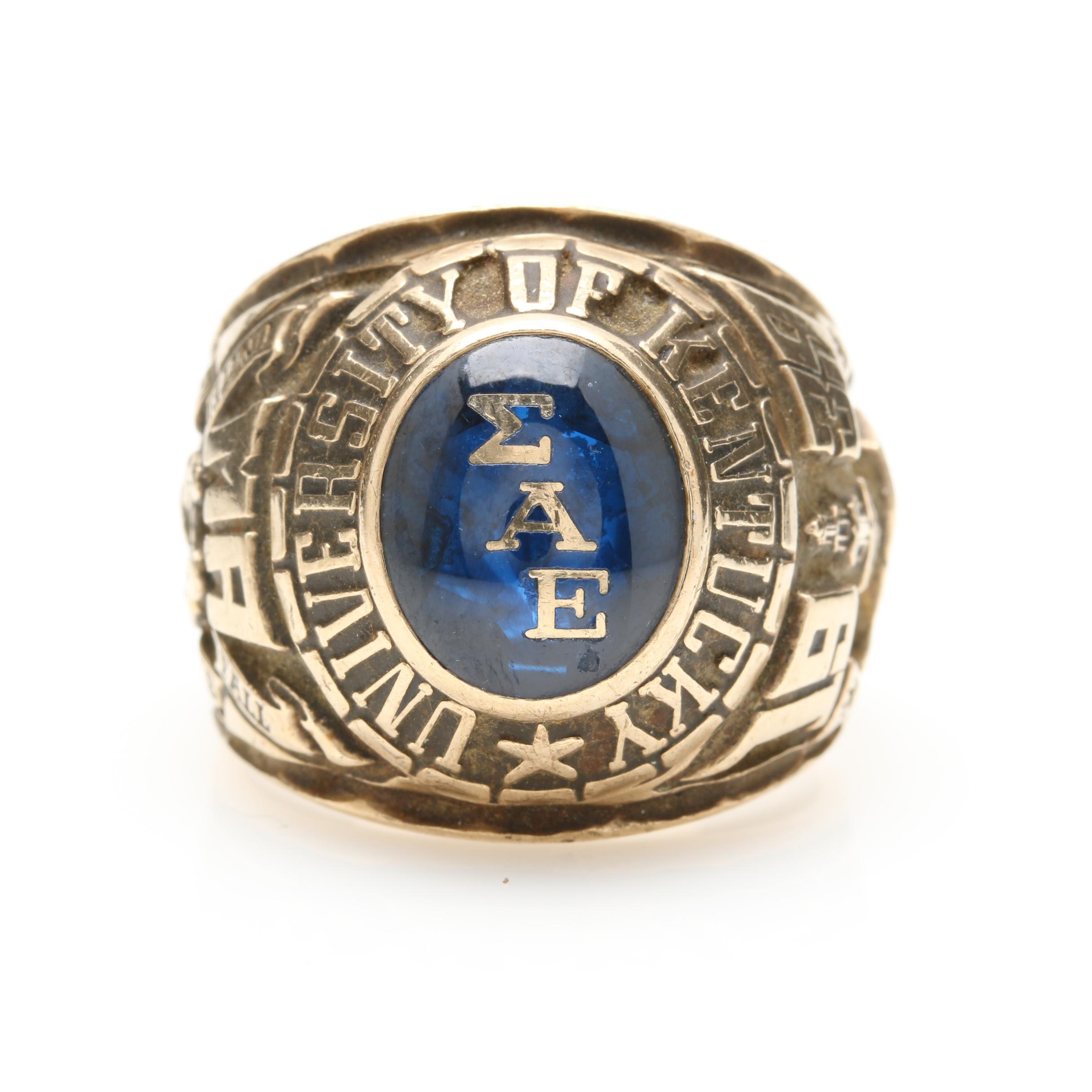 University of Kentucky 1939 10K Yellow Gold Synthetic Spinel Class Ring