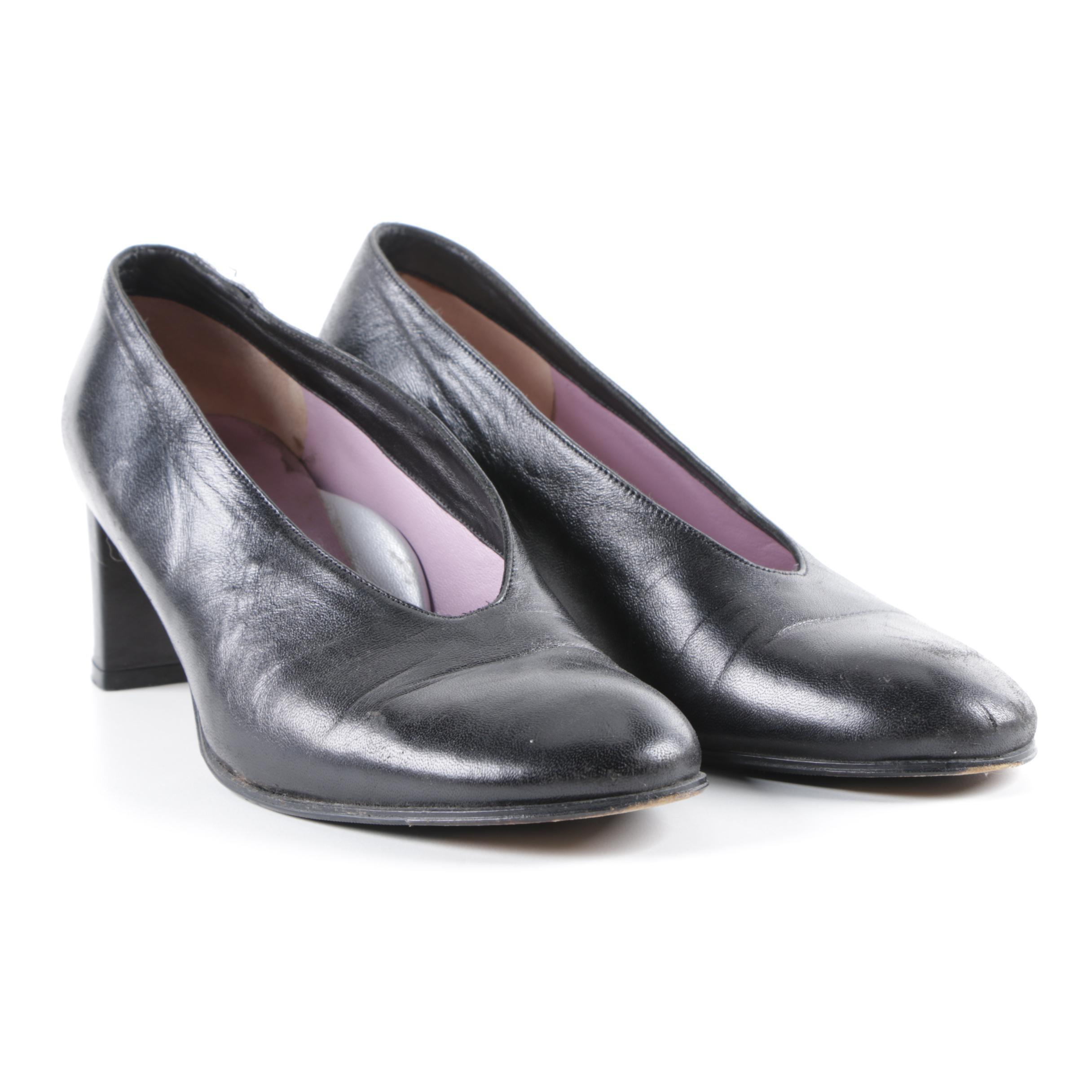 Taryn Rose Black Leather Pumps