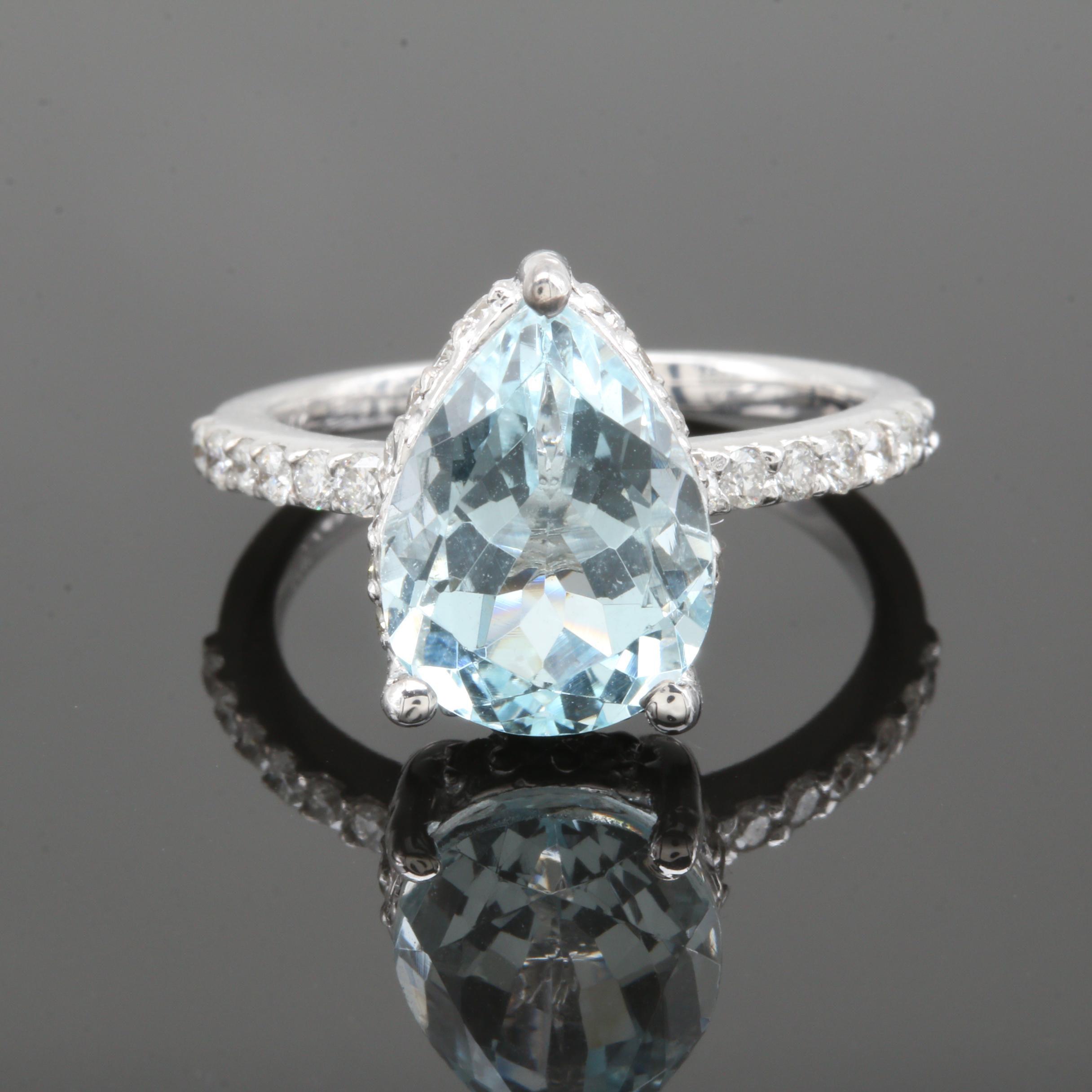 14K White Gold 3.37 CT Aquamarine and Diamond Ring