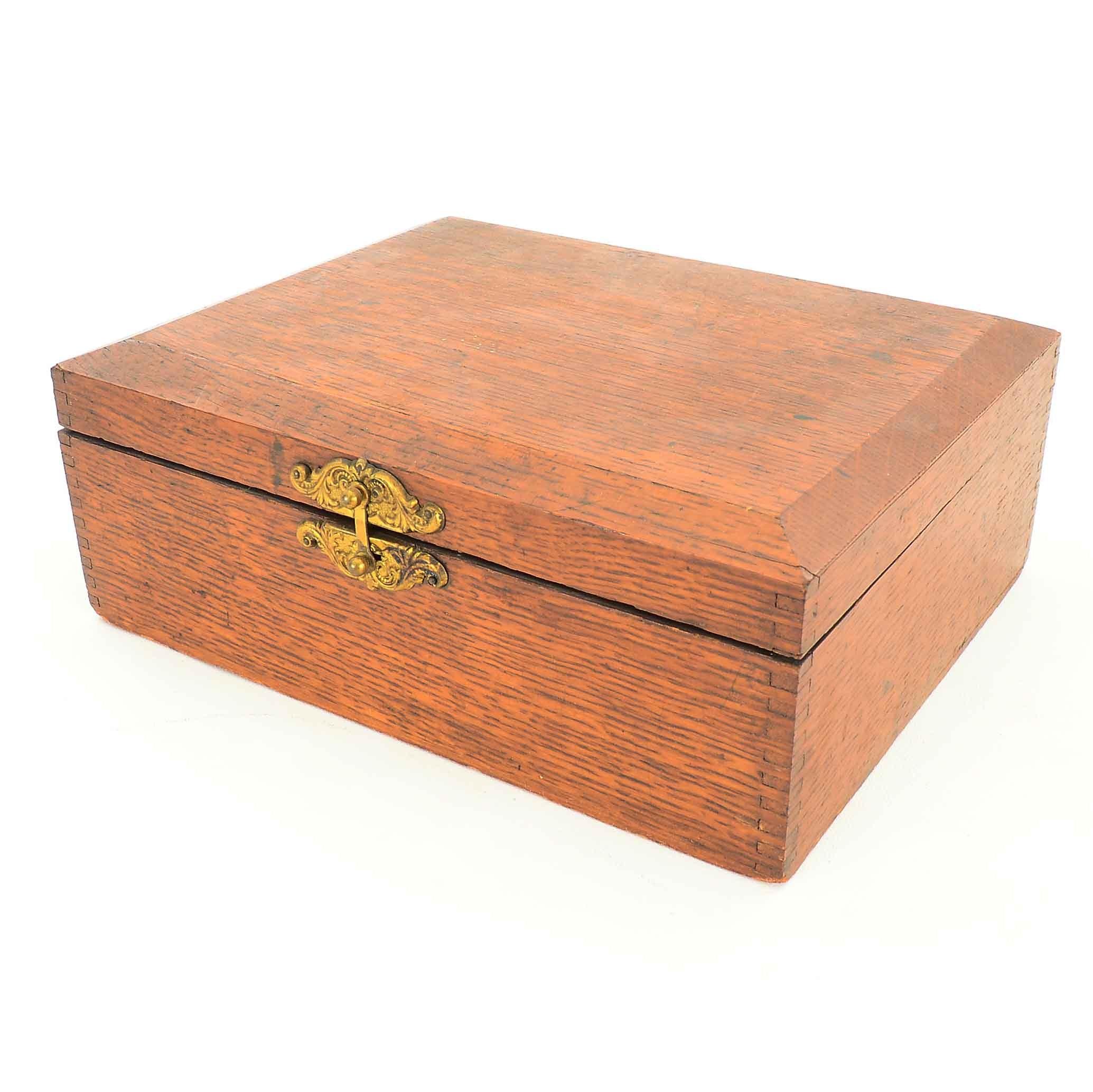 Vintage Oak Trinket Box