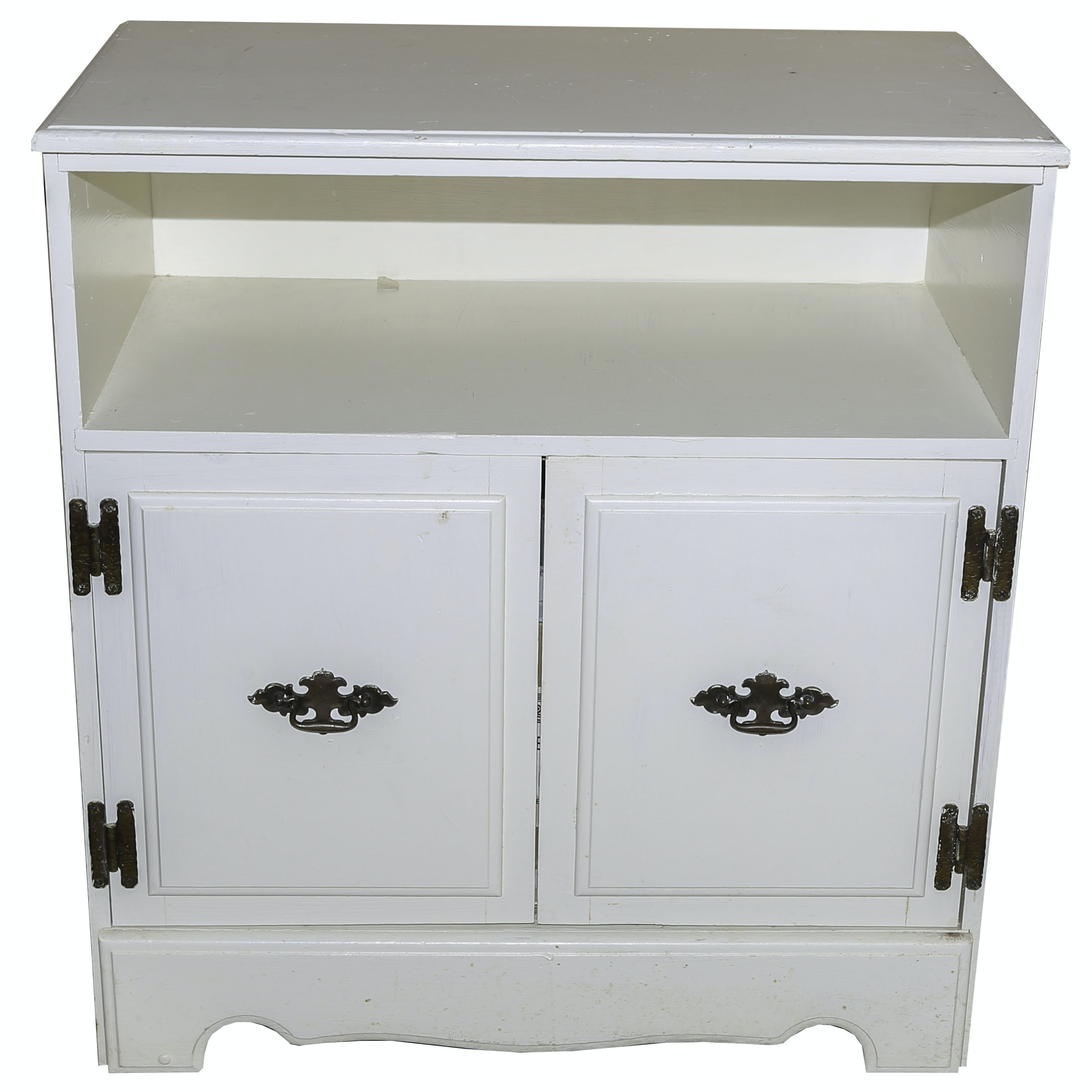 Vintage Painted Colonial Revival Chest