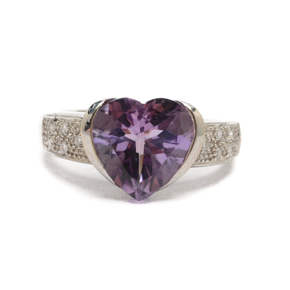 18K White Gold Heart Shaped Amethyst and Diamond Ring
