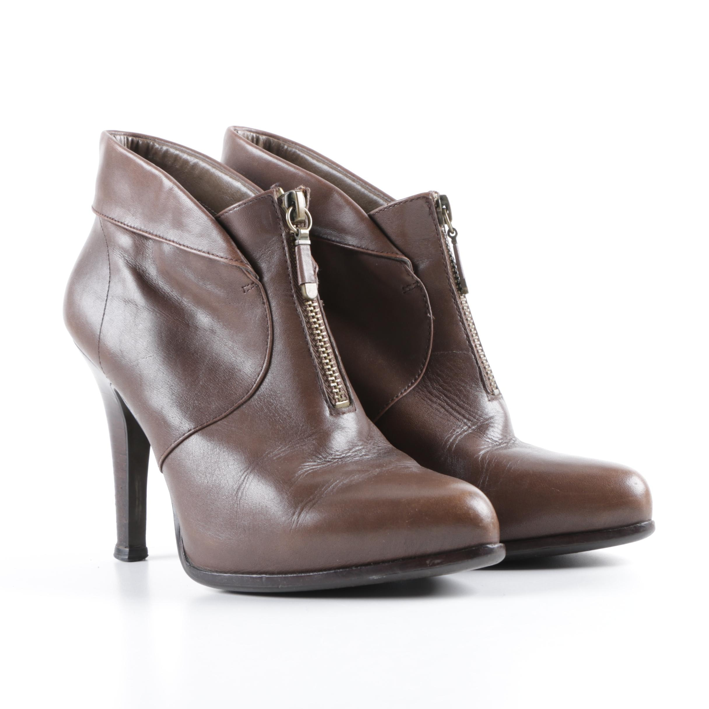 Women's B. Makowsky Brown Faux Leather Ankle Booties