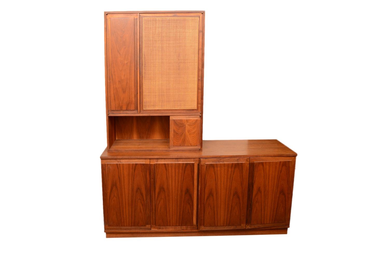 Vintage Mid Century Modern Credenza with Cabinet