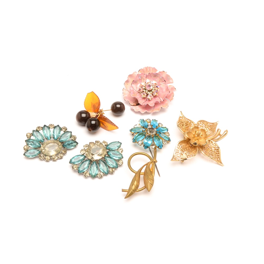 Collection of Vintage Brooches Including Coro