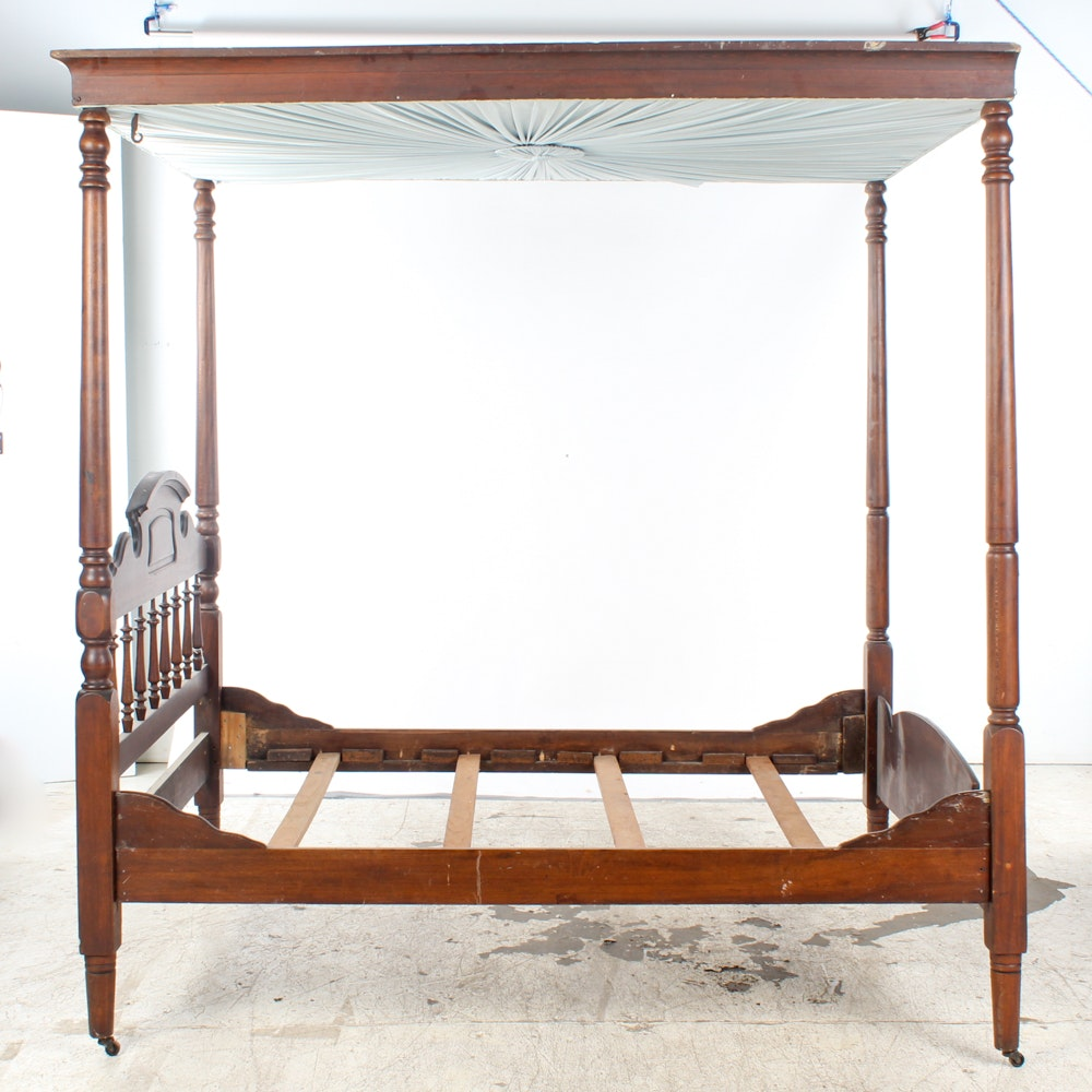Antique Victorian Mahogany Canopy Bed