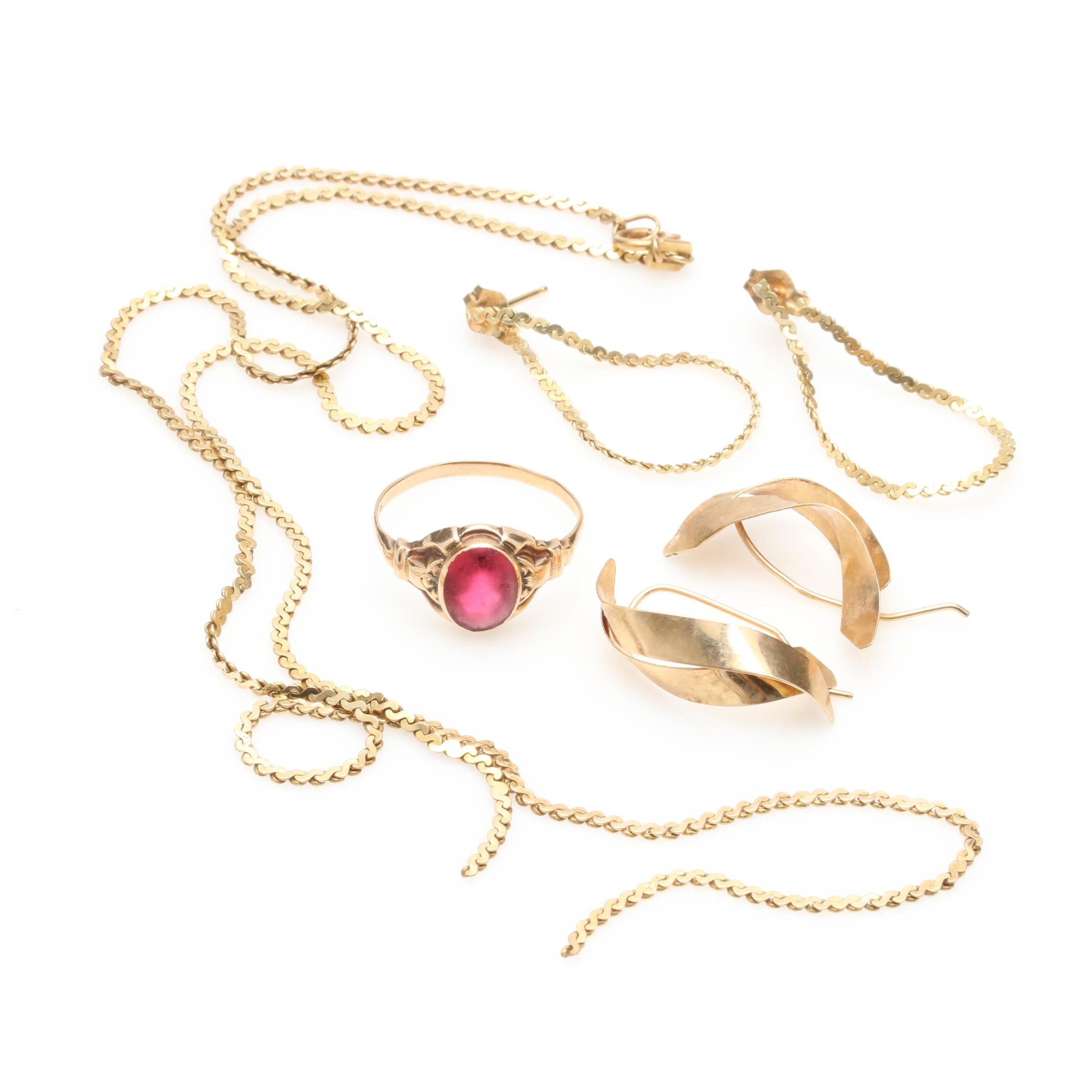 10K and 14K Yellow Gold Scrap Jewelry Including Glass Accent