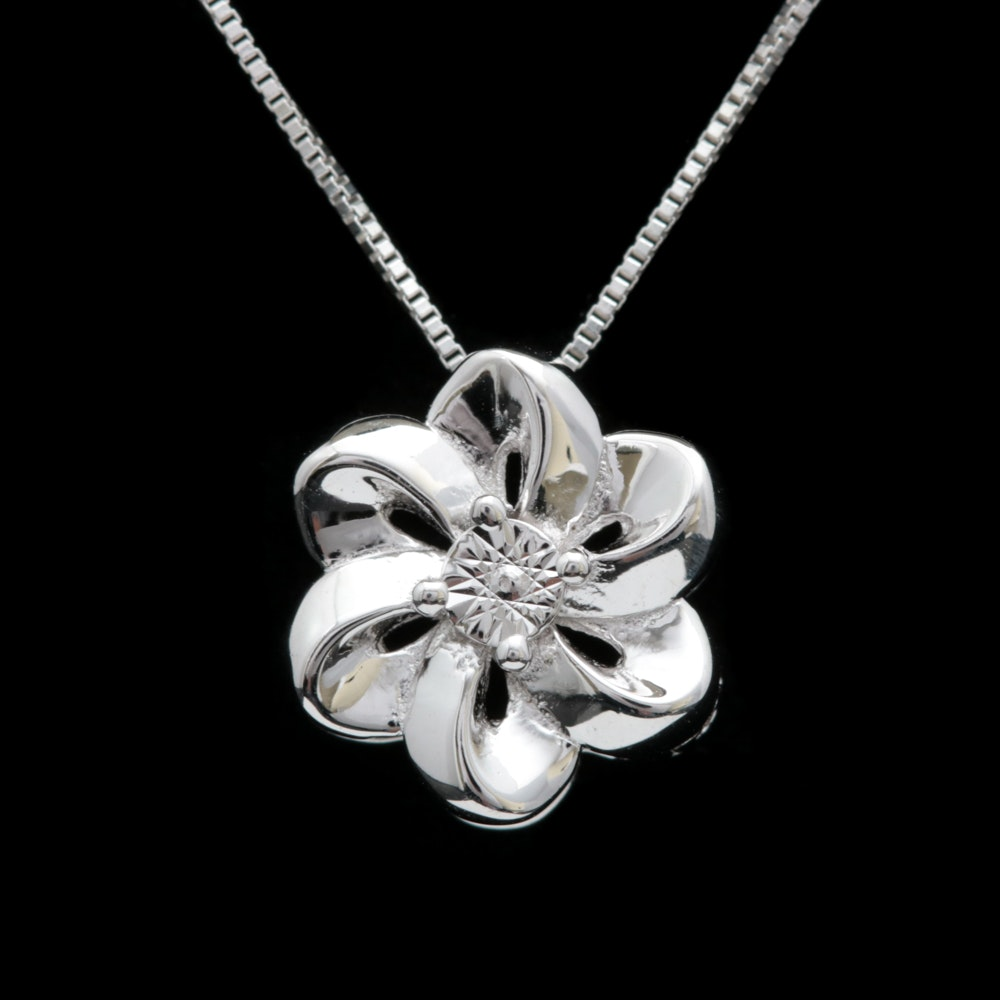 Sterling Silver Flower Pendant with Chain