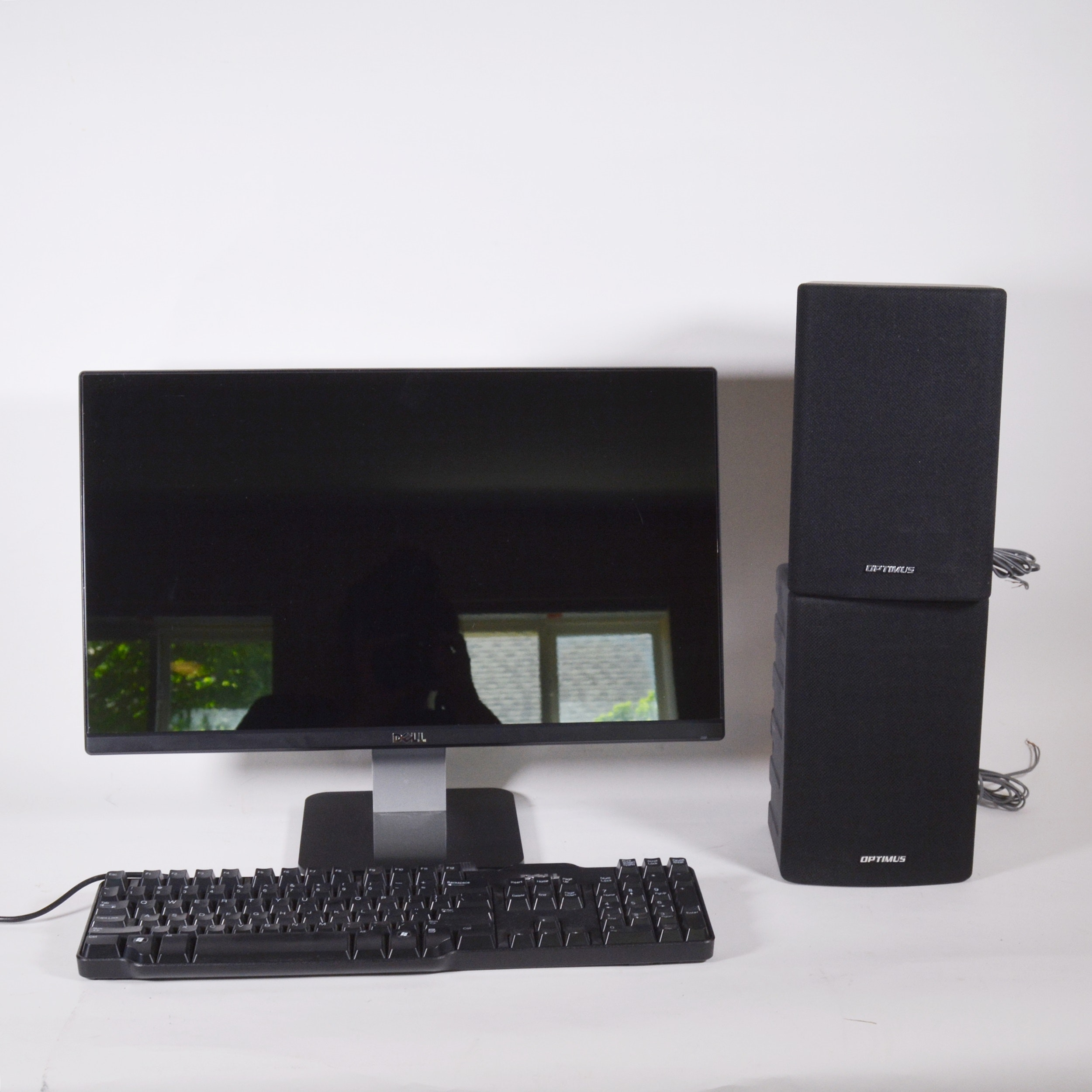 "Dell 22"" LCD Monitor, Keyboard and Optimus Speakers"