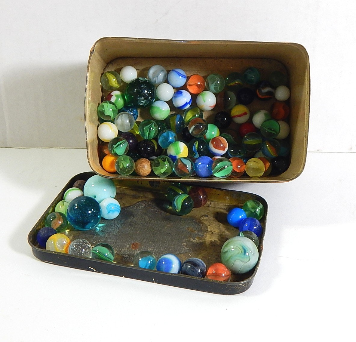 Vintage Marble Collection in Tin
