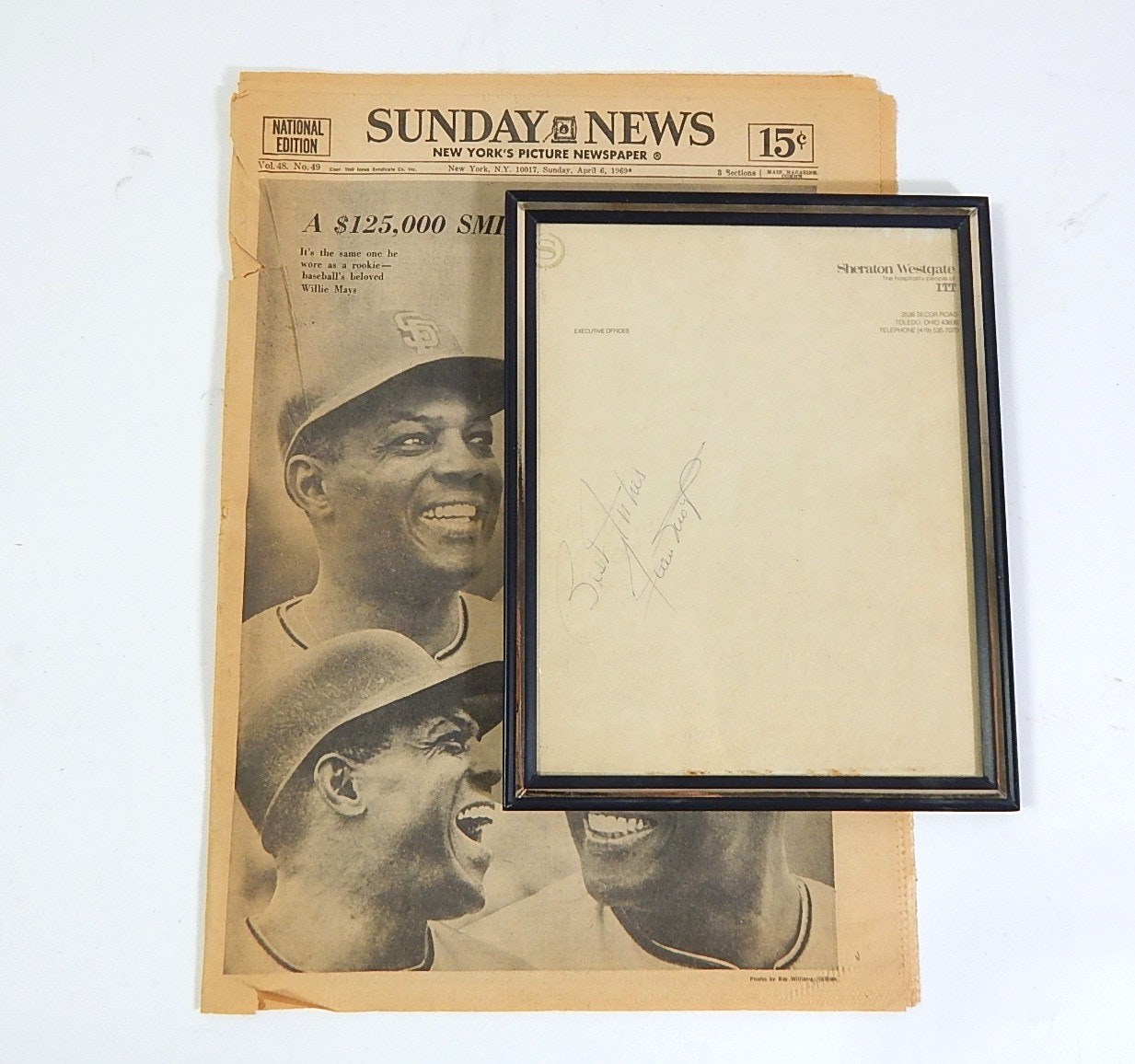Framed Willie Mays Autograph and Newspaper Article