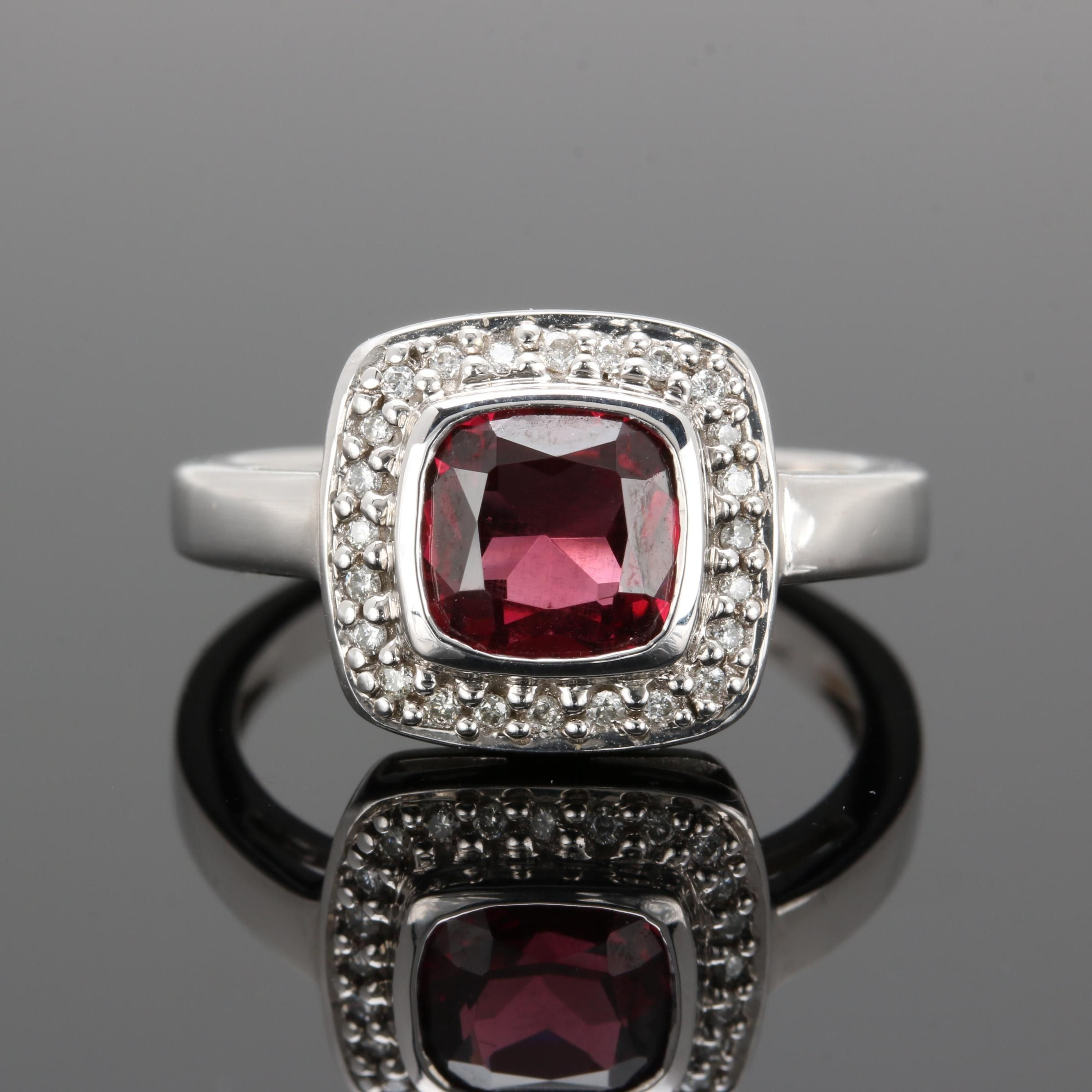 Krementz 14K White Gold Rhodolite Garnet and Diamond Ring