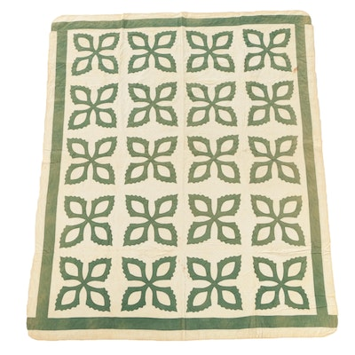Vintage Handmade Green And White Applique Quilt