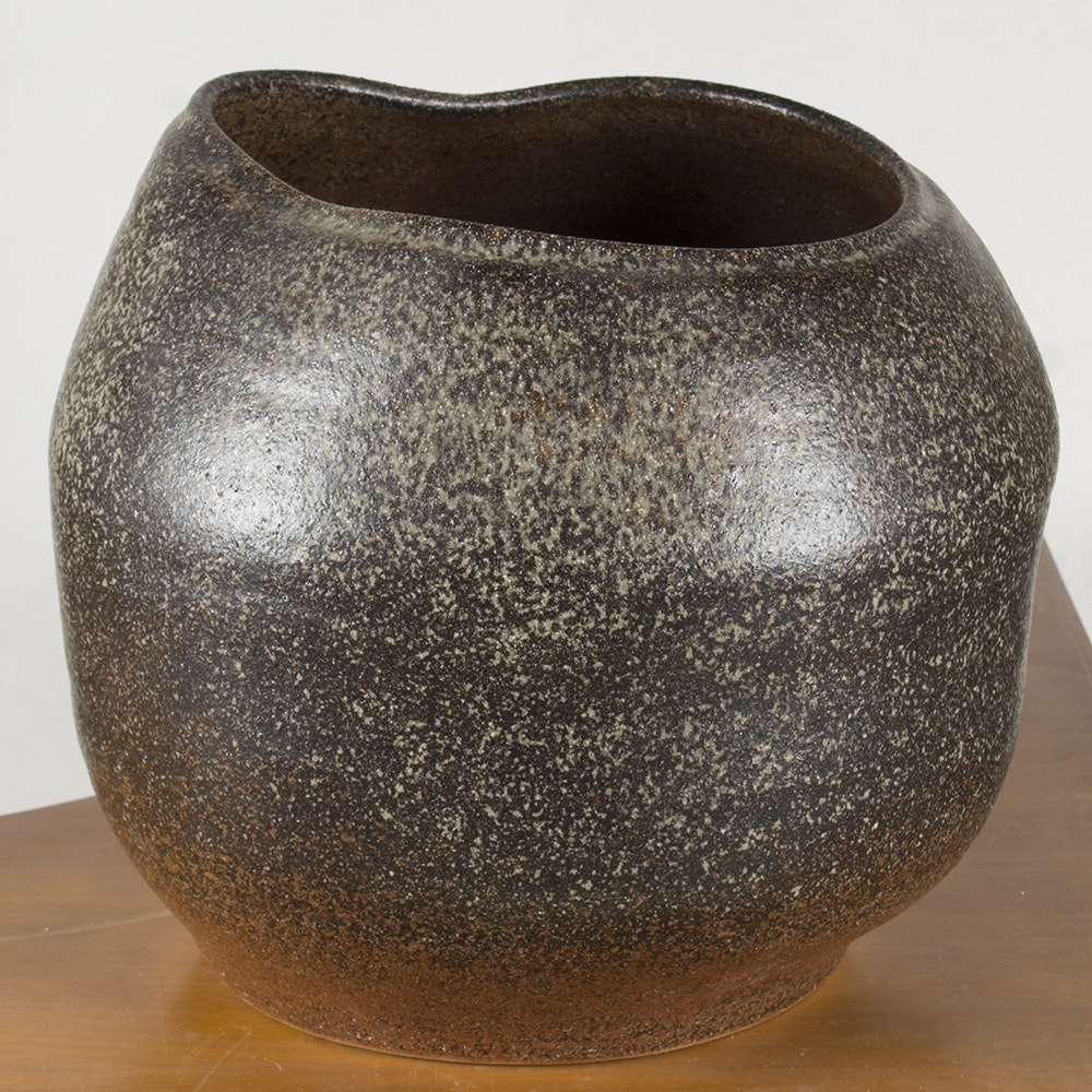 Japanese Bizen-Style Stoneware Bowl