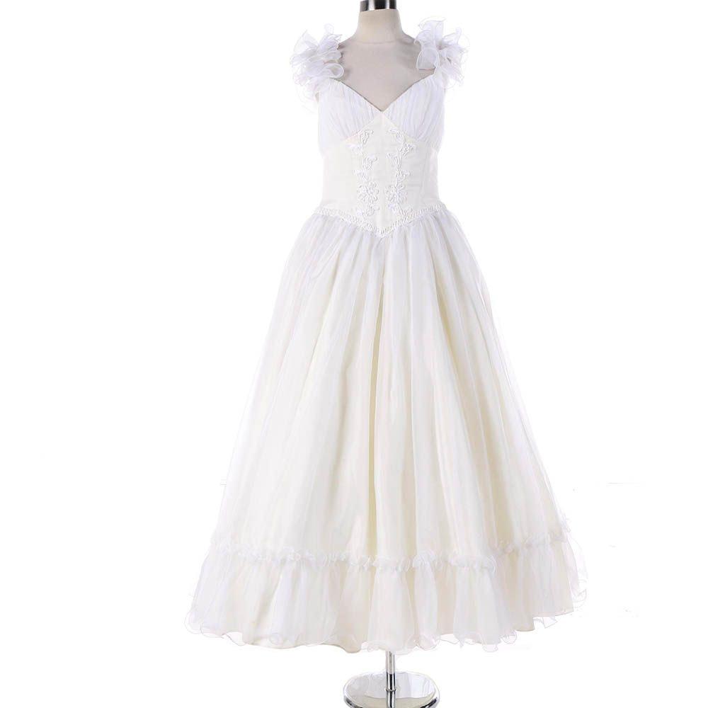 1970s Vintage Mike Benet White Tulle Wedding Dress