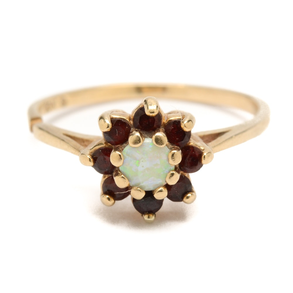 Vintage 10K Yellow Gold Opal and Garnet Ring