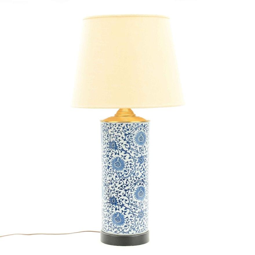 Chinese Ceramic Table Lamp